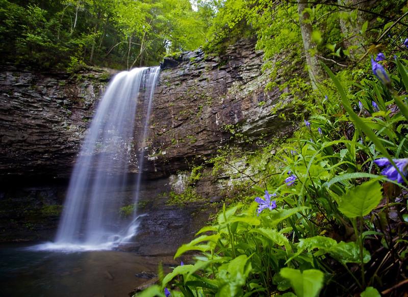 Mapped: 8 great hikes near Atlanta ending in waterfalls