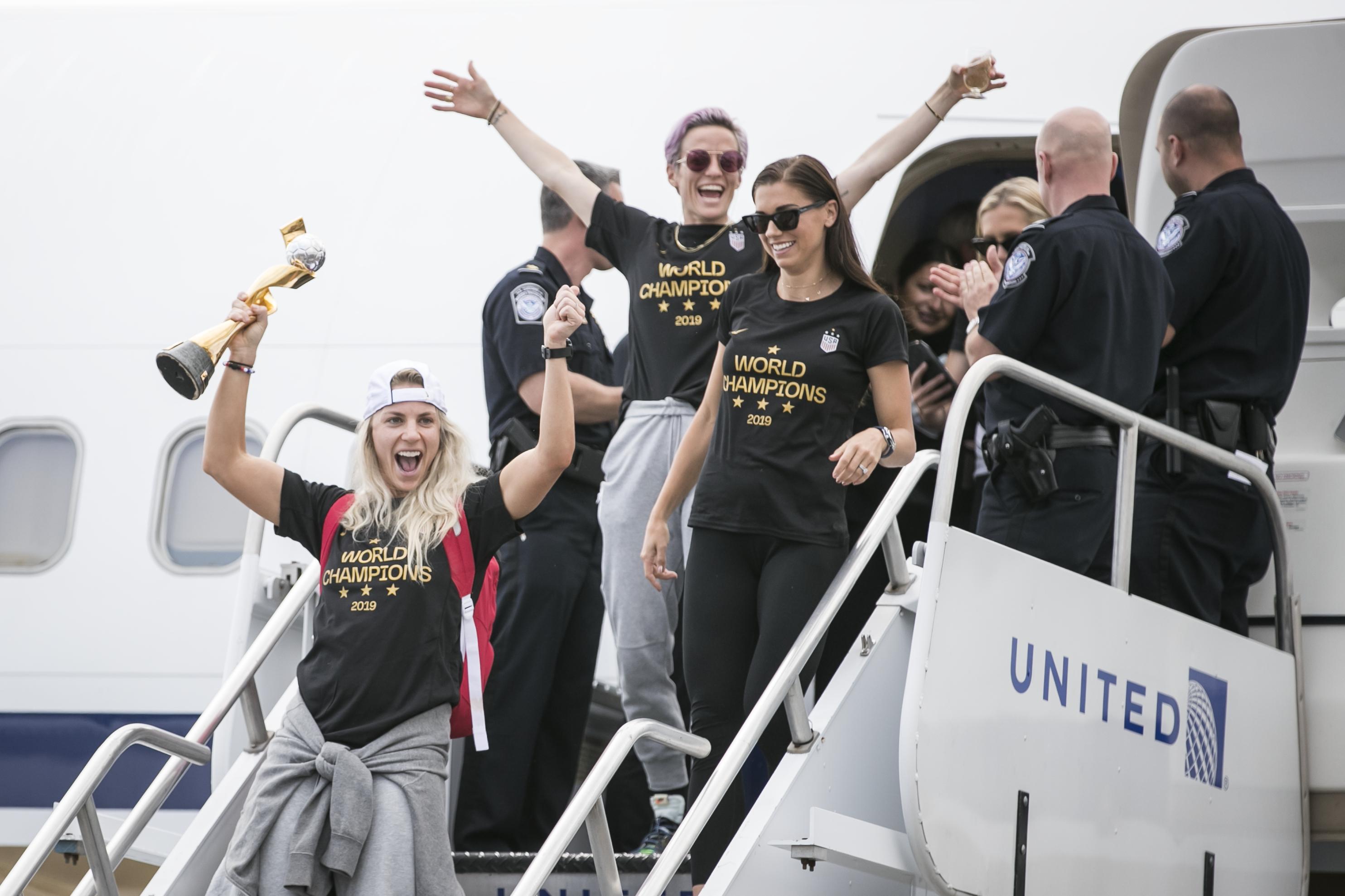 U.S. WNT Arrival at Newark Liberty International Airport