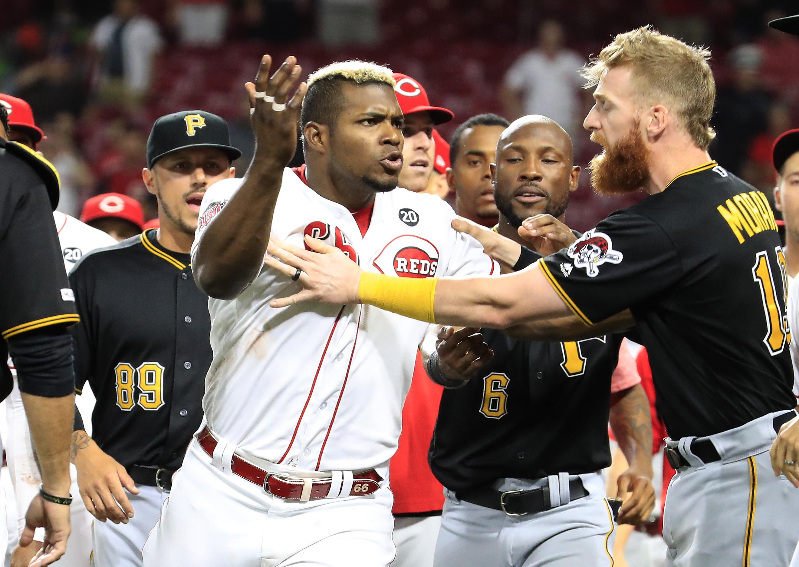 MLB Trade Rumors and Signings