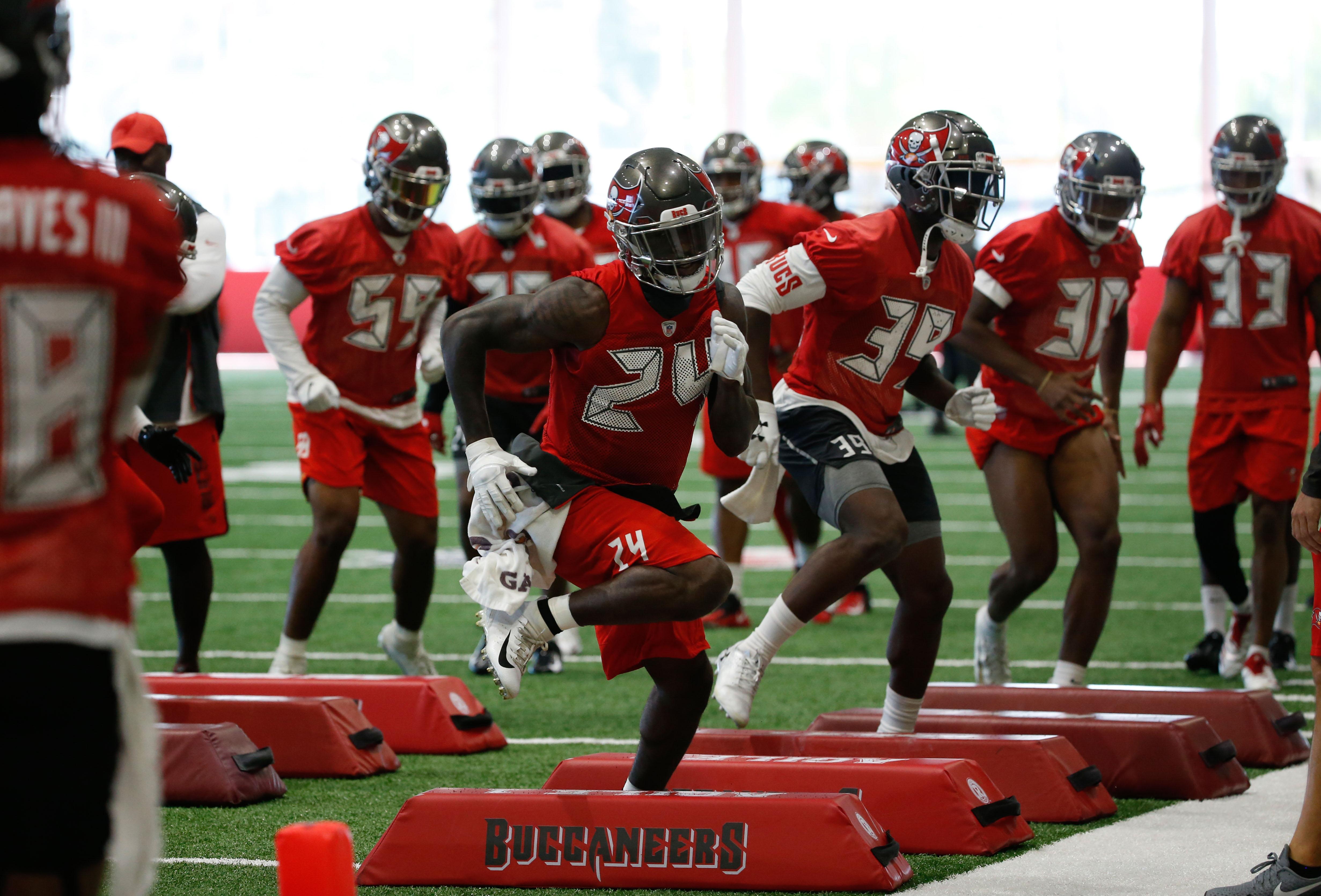 NFL: Tampa Bay Buccaneers-Minicamp