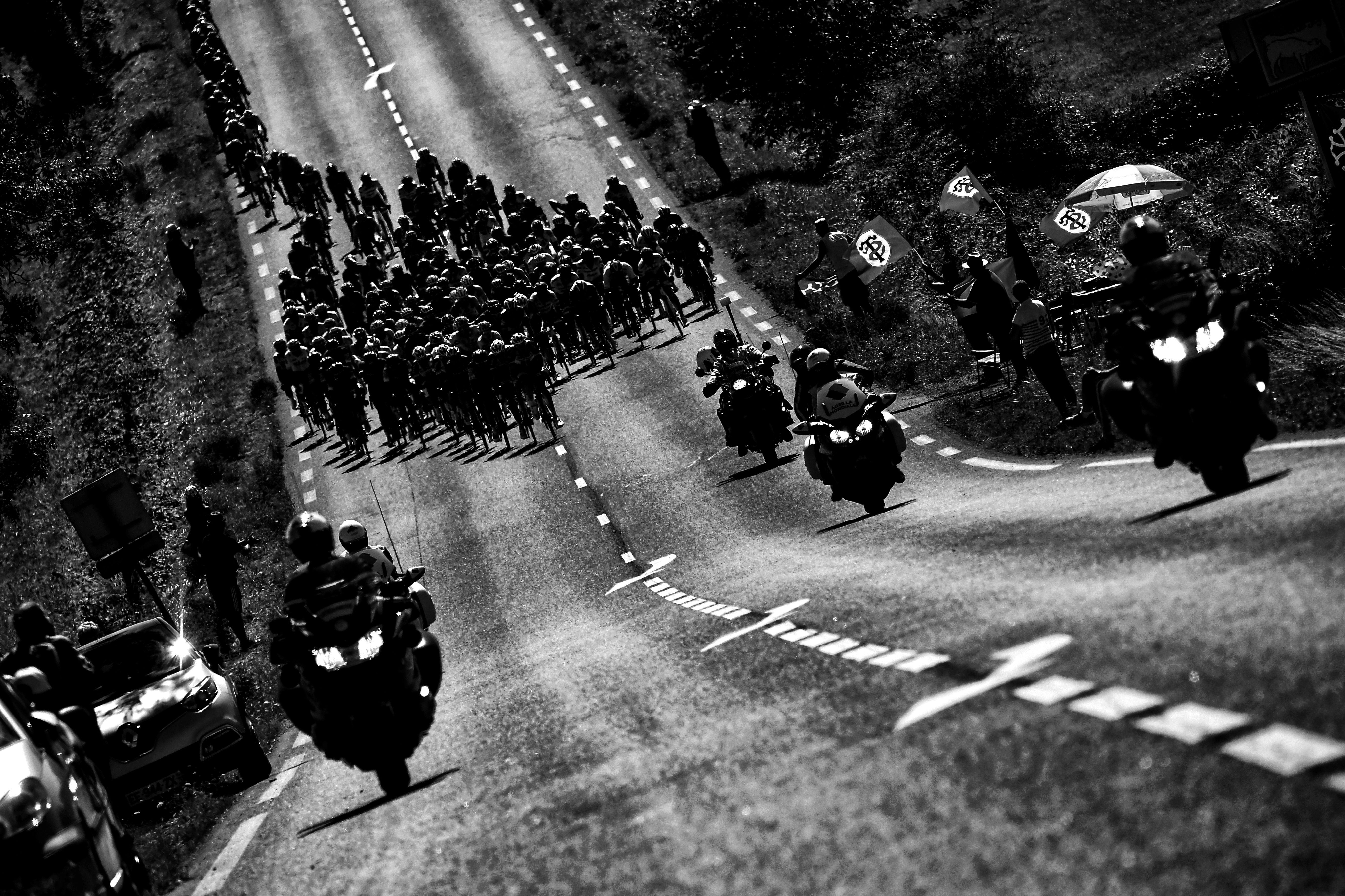 CYCLING-FRA-TDF2017-PACK-POSTCARD-BLACK AND WHITE