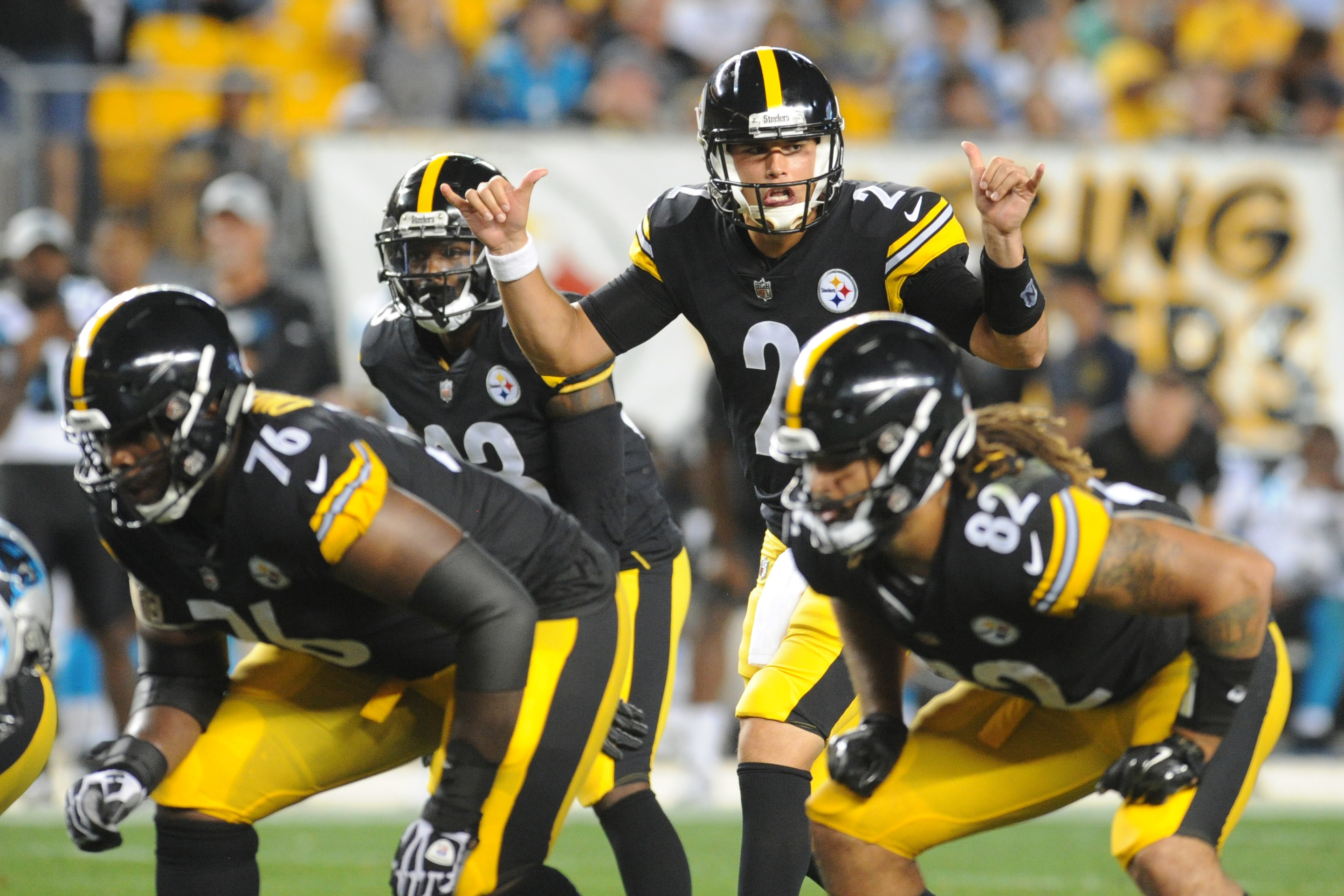 NFL: Carolina Panthers at Pittsburgh Steelers