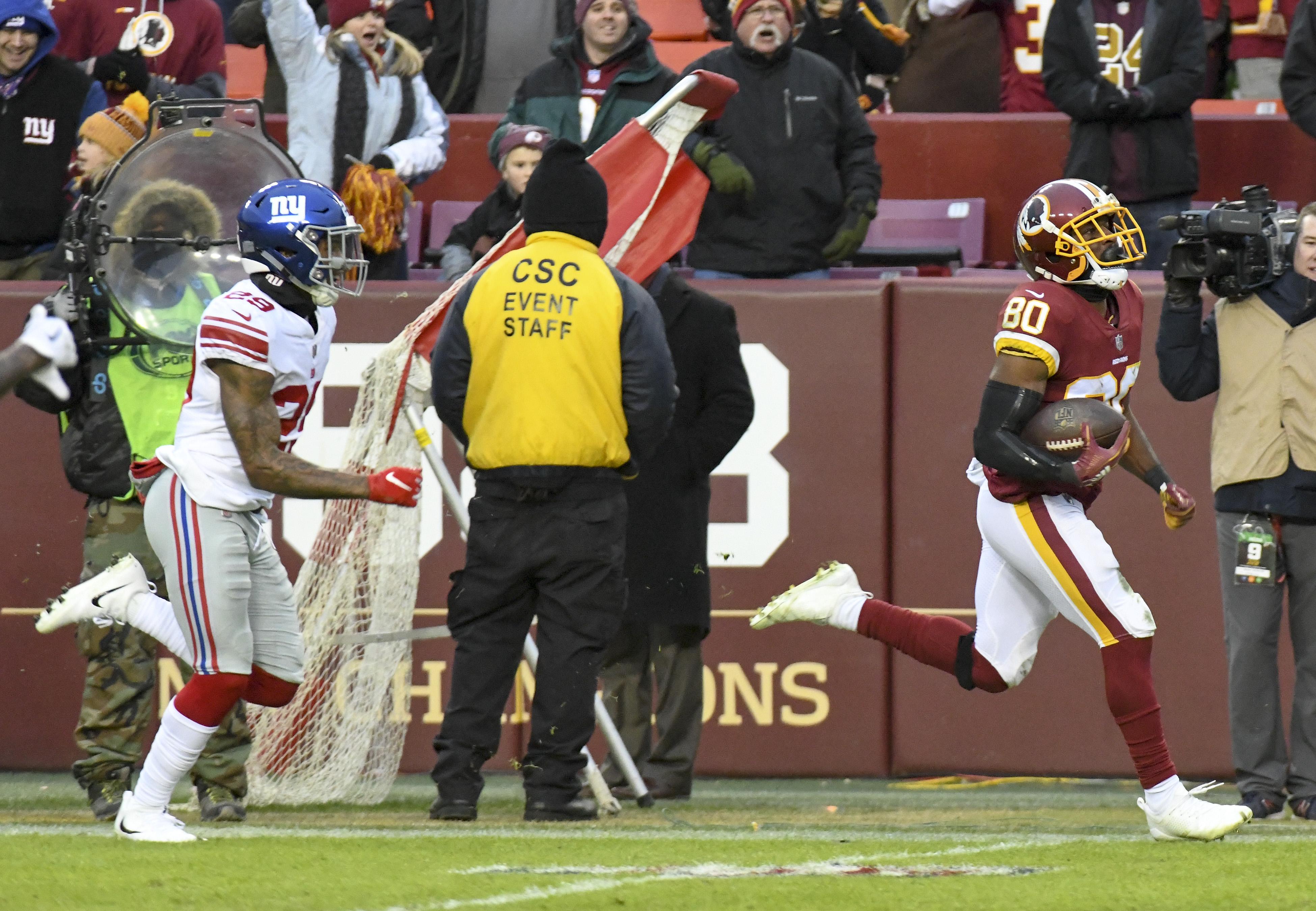 NFL: DEC 09 Giants at Redskins