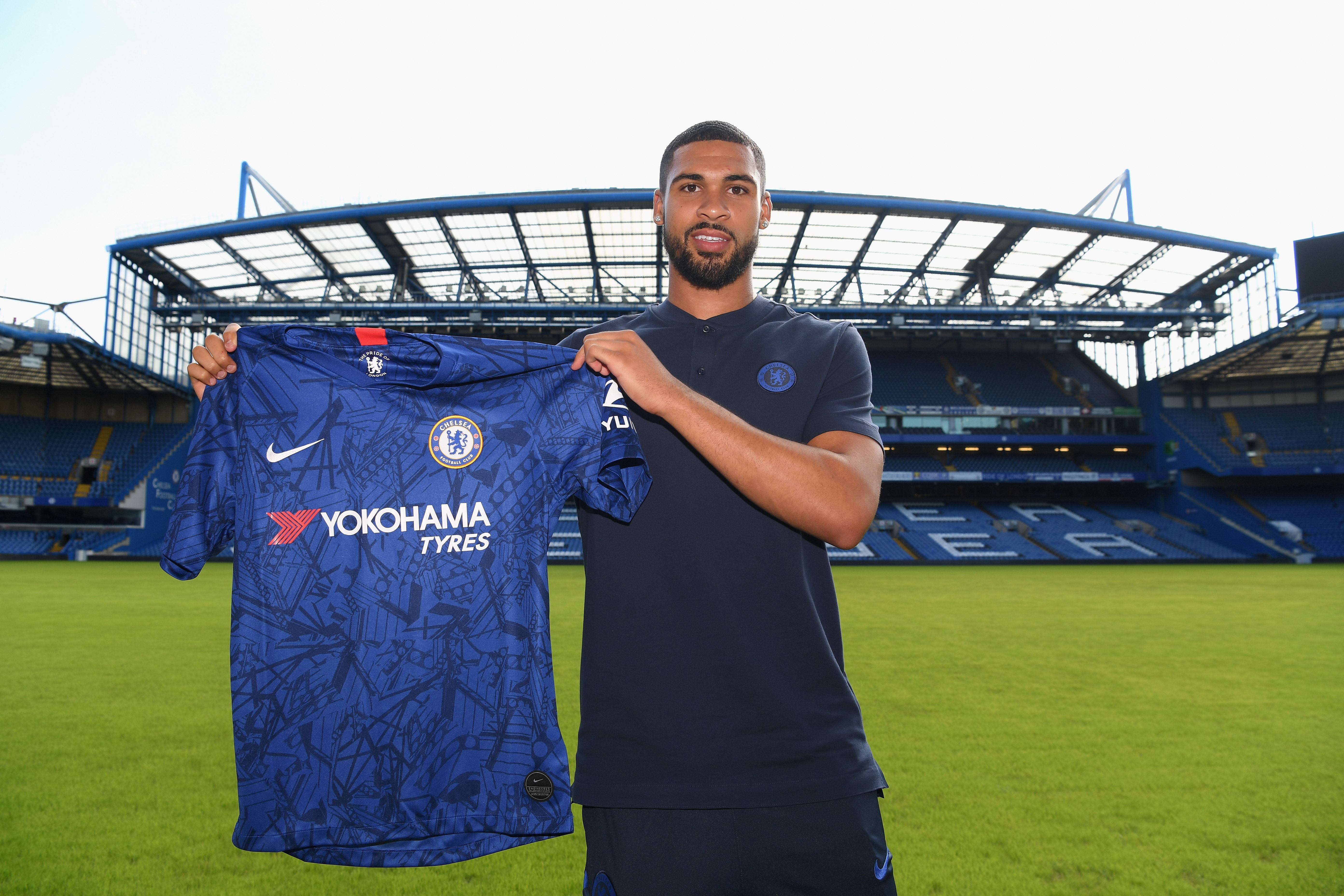 39876022 Loftus-Cheek goes for first run in the pool in next step of Achilles  rupture recovery