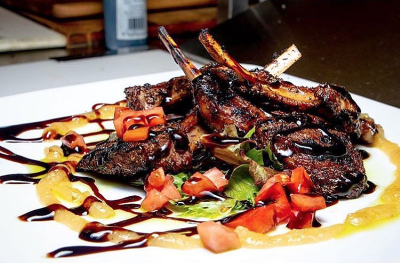 'Chopped' Winner Flips Short-Lived Seafood Spot Into Popular Soul Food Cafe