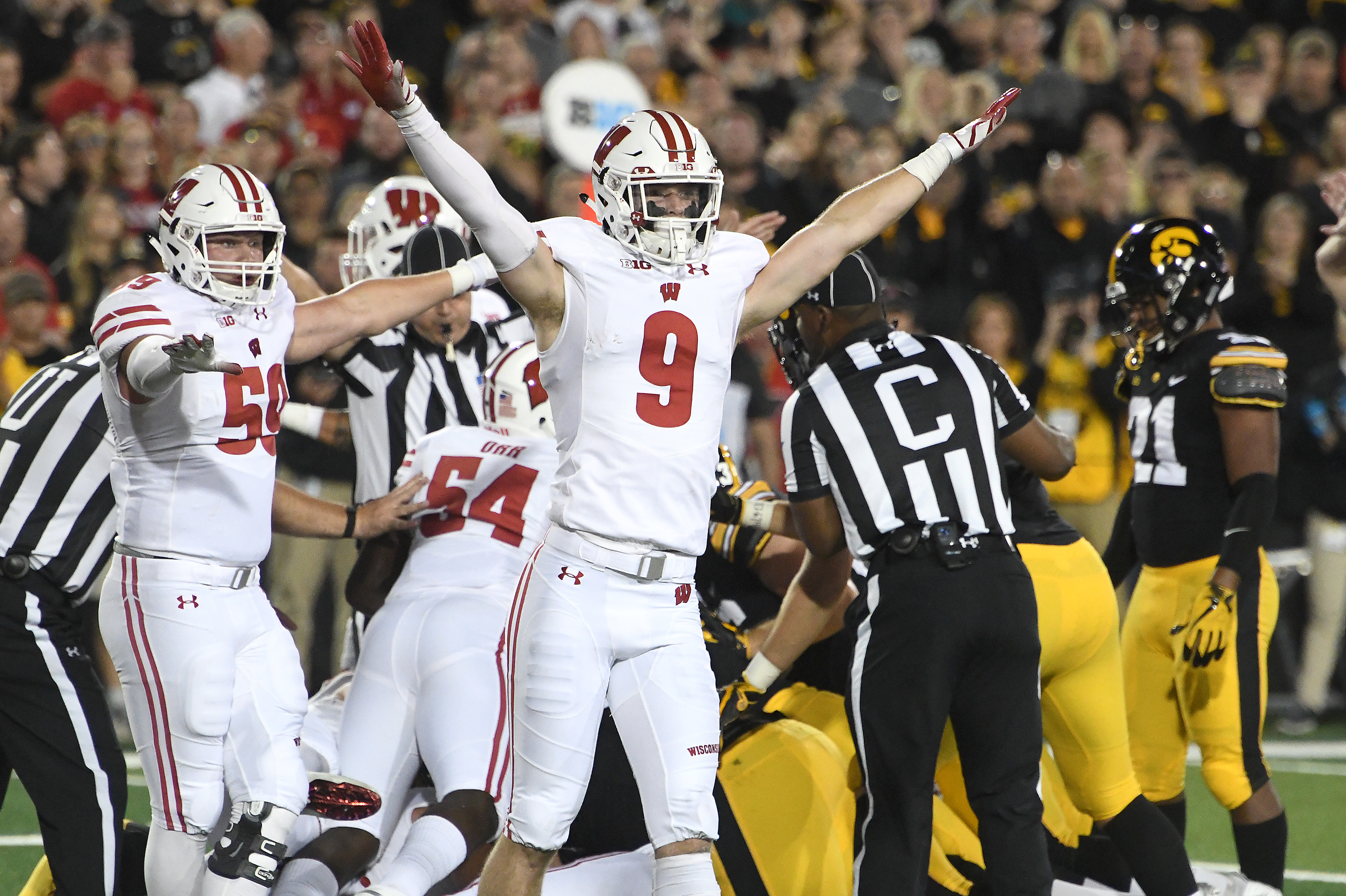 COLLEGE FOOTBALL: SEP 22 Wisconsin at Iowa