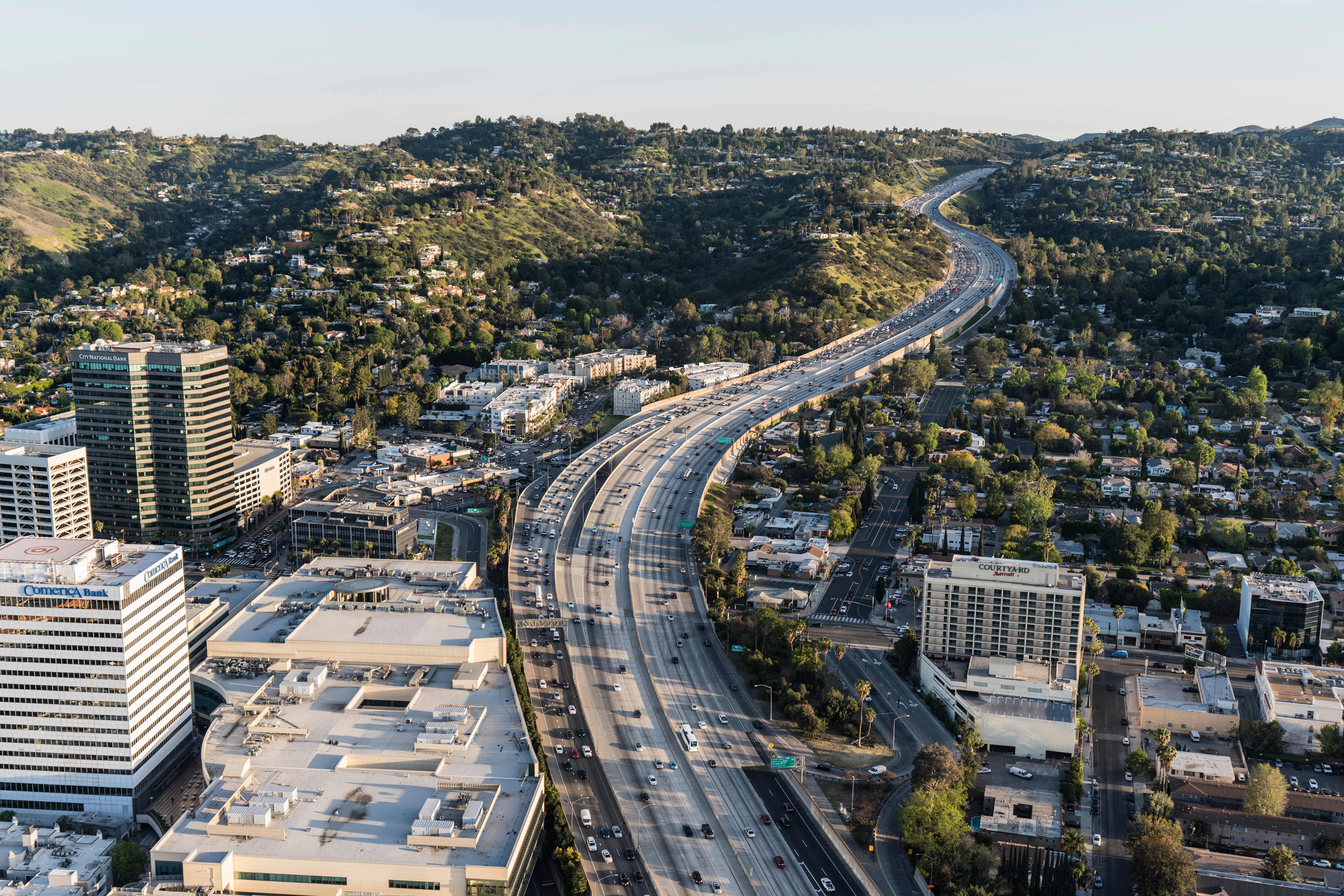Metro looking for private contractor to help plan rail through Sepulveda Pass