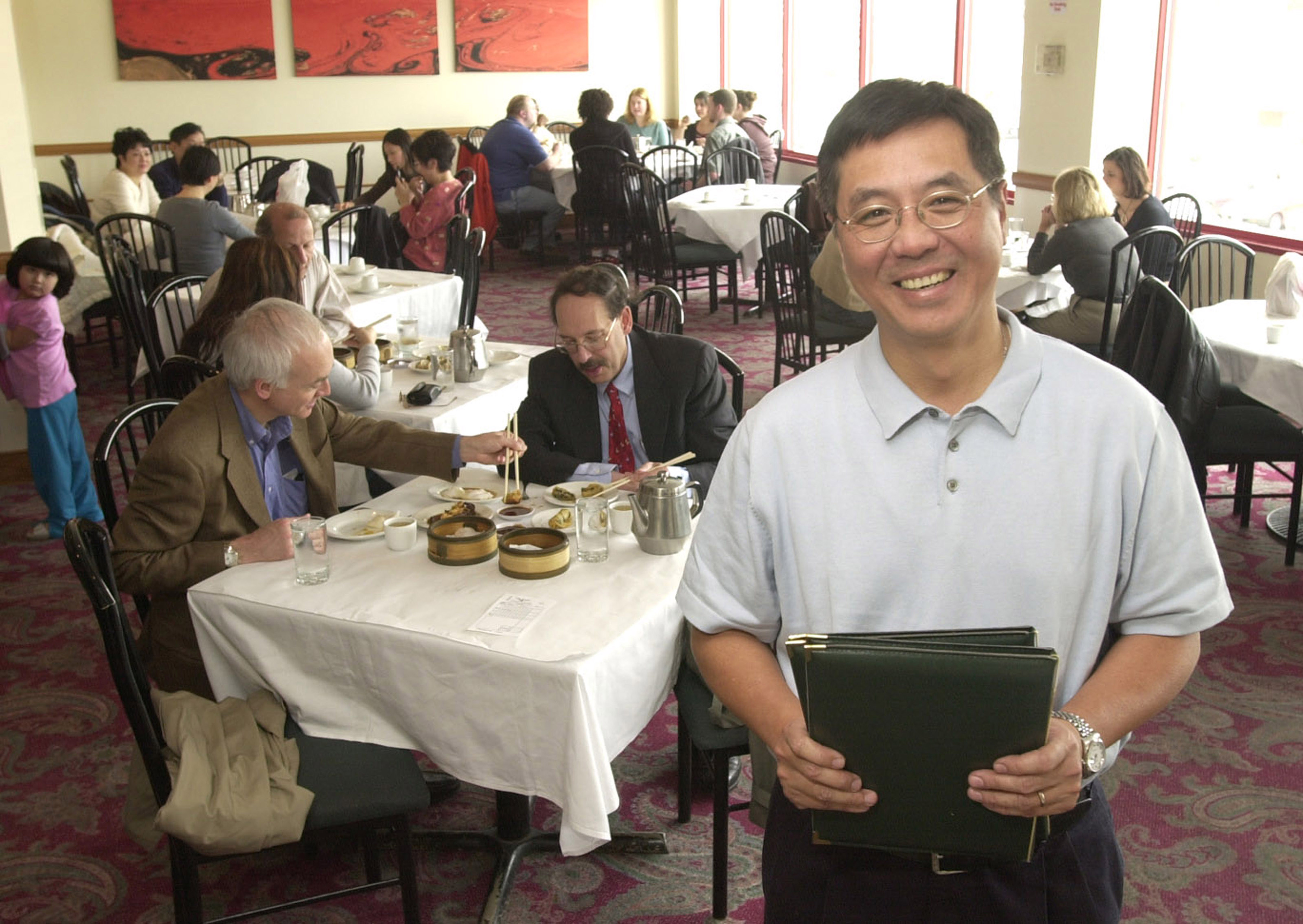"Chicago chef and restaurant owner Eddy Cheung in 2003 at the Phoenix in Chinatown. ""He was one of the first to offer a Hong Kong- or even Toronto-style dim sum,"" according to Steve Dolinsky, ABC7's ""Hungry Hound."""