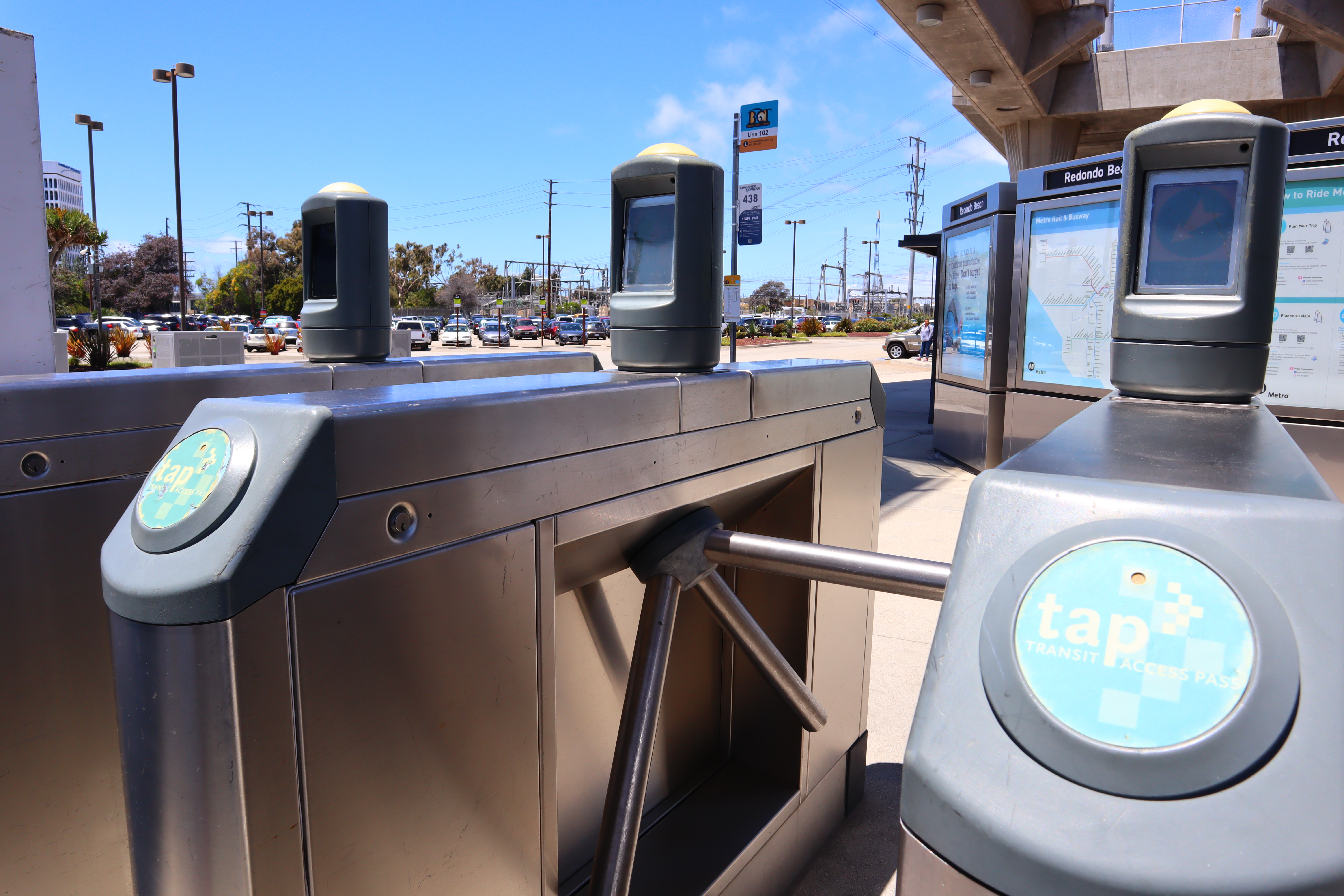This winter, you'll be able to pay for Metro rides with your phone