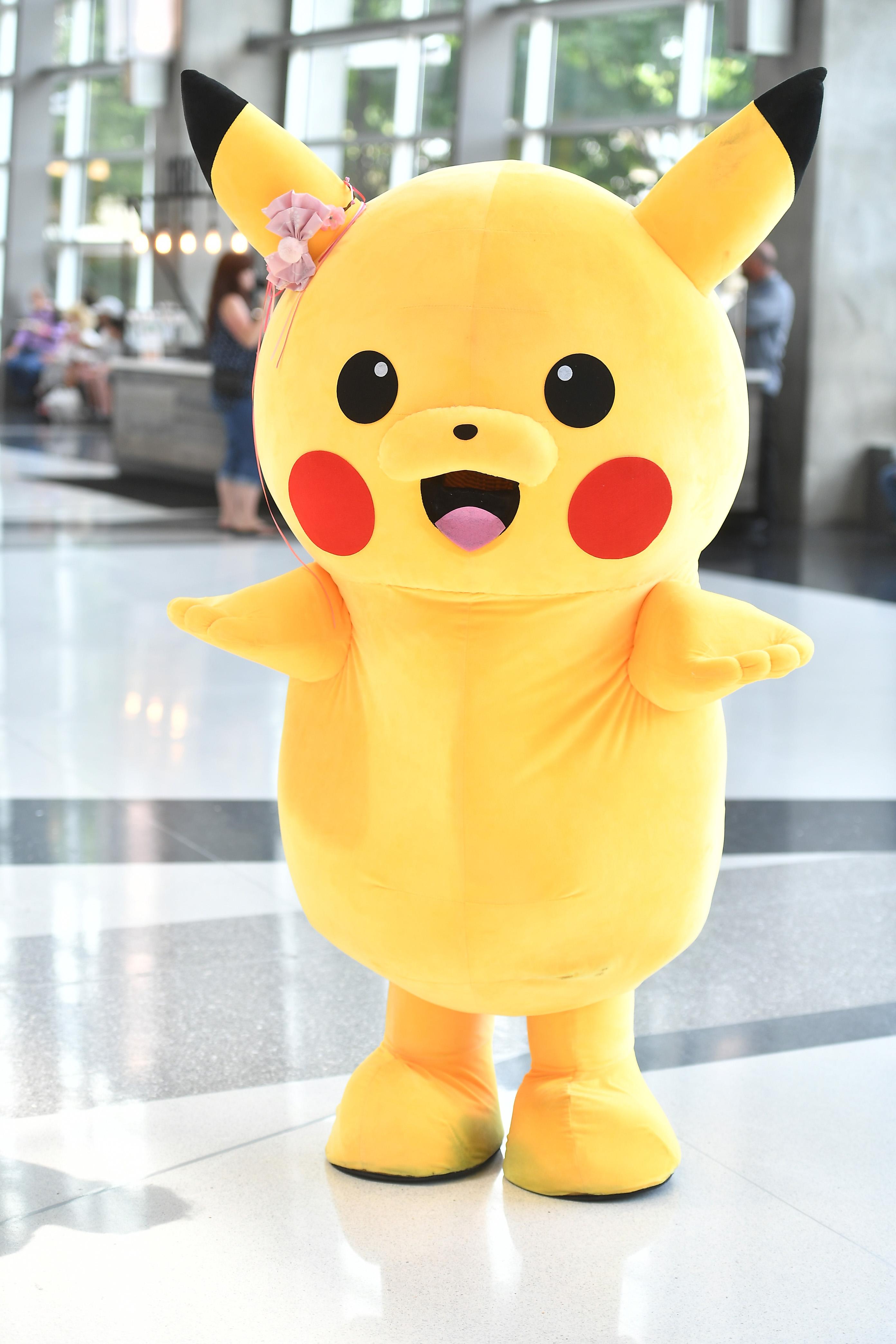 A life-sized Pikachu at the 2019 Atlanta Comic Con