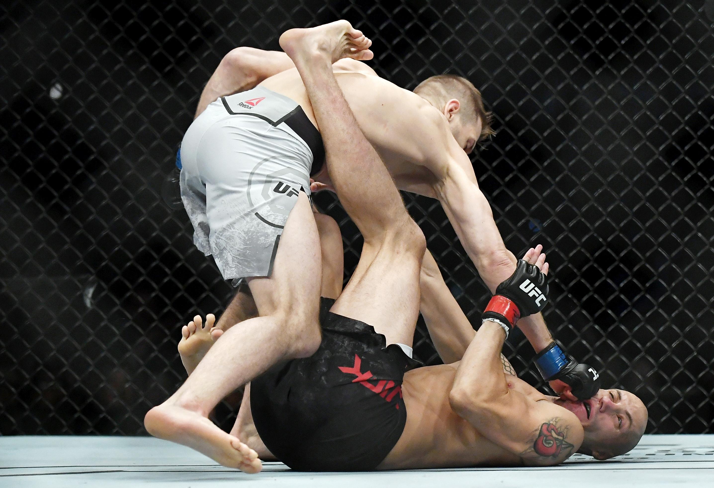 MMA: UFC Fight Night-San Antonio-Vick vs Hooker