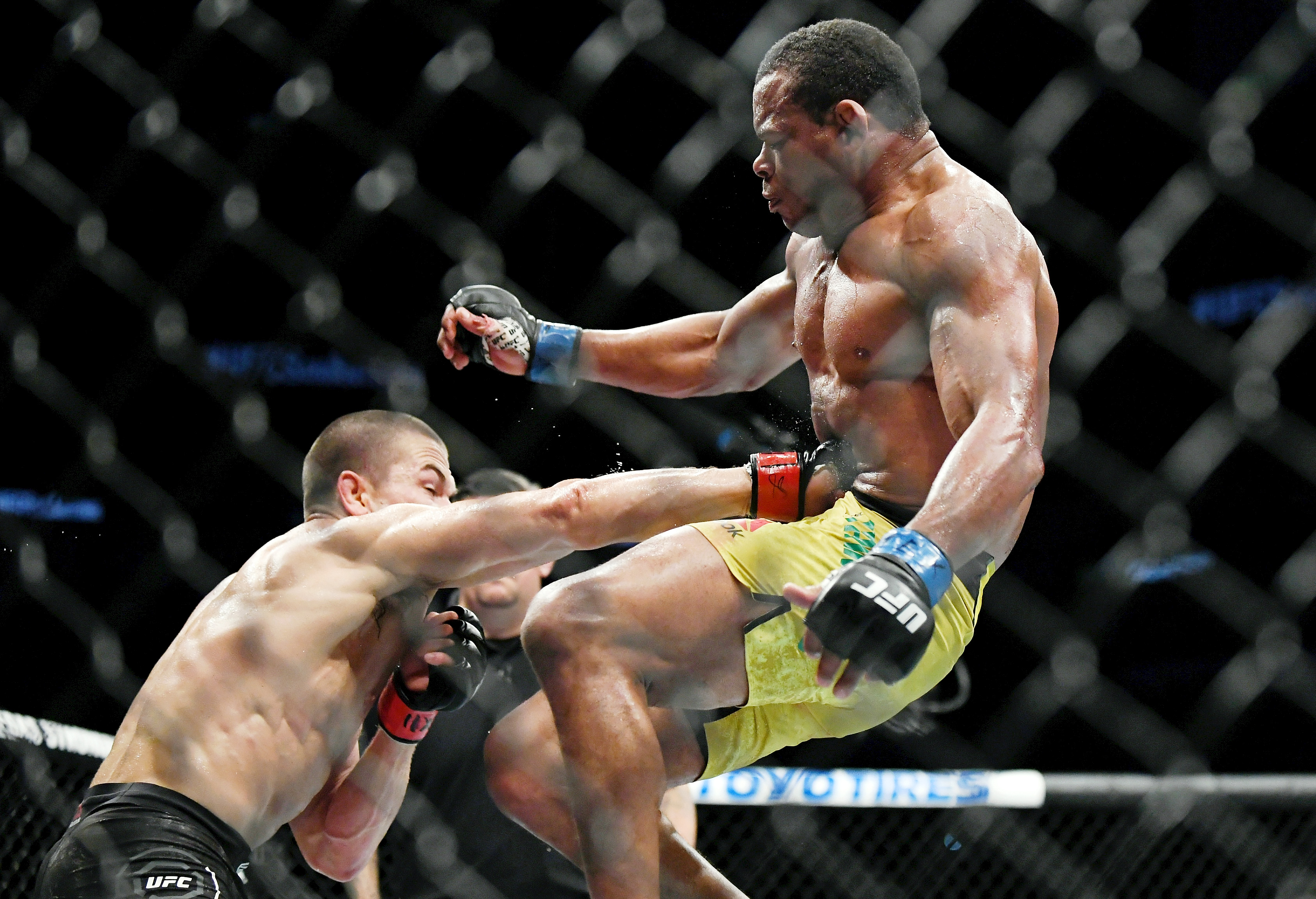 MMA: UFC Fight Night-San Antonio-Hernandez vs Trinaldo