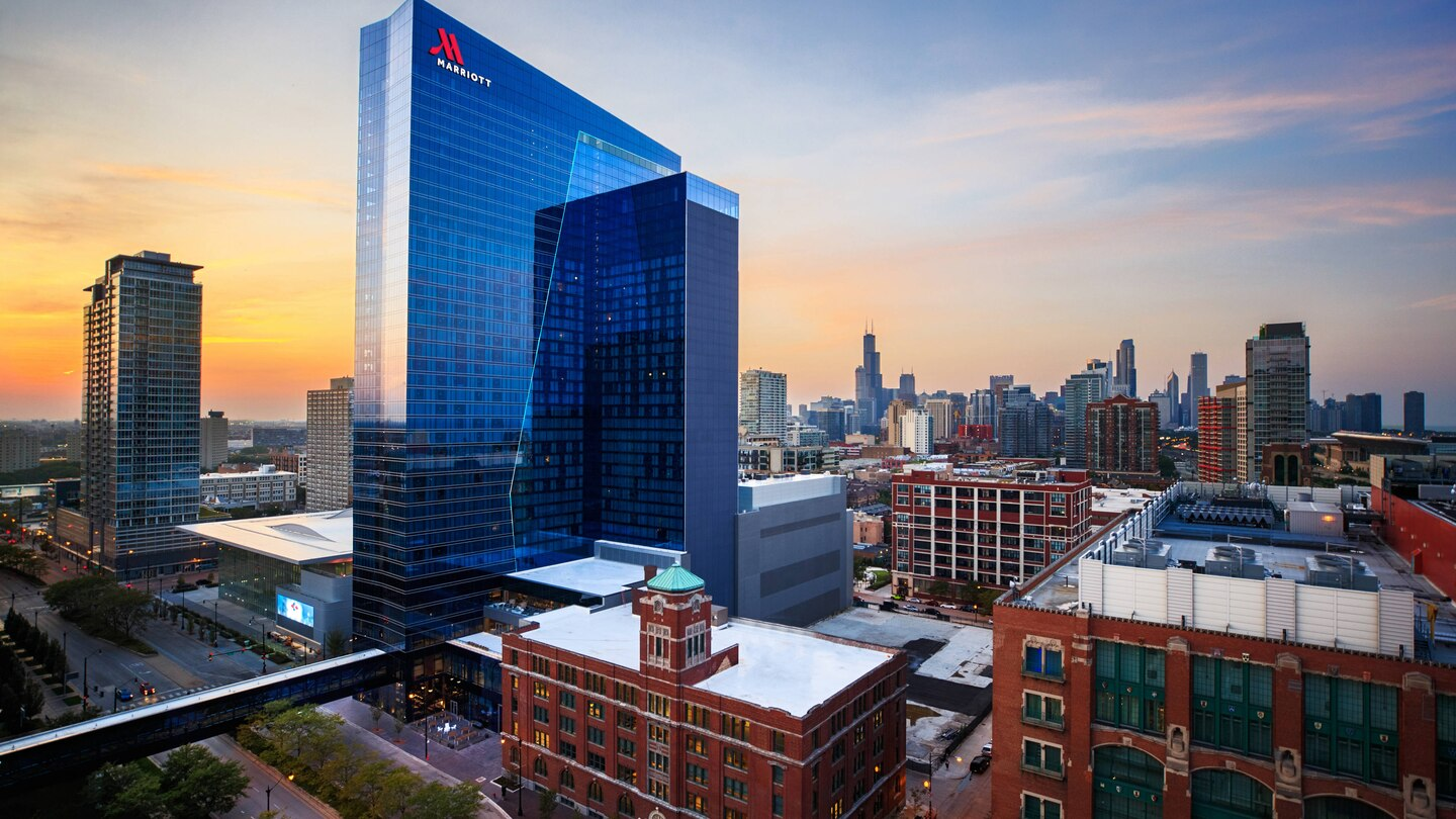 An aerial view of the Marriott Marquis in Chicago.