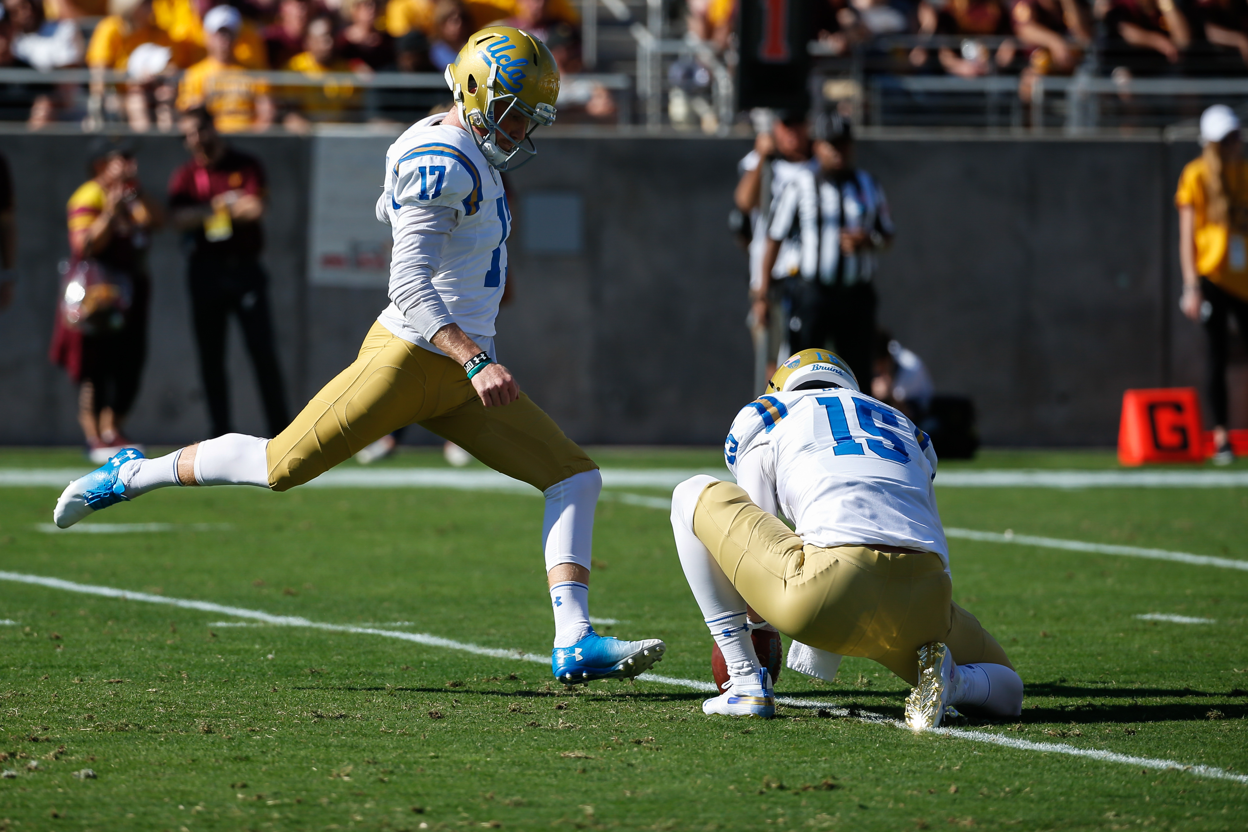 COLLEGE FOOTBALL: NOV 10 UCLA at Arizona State