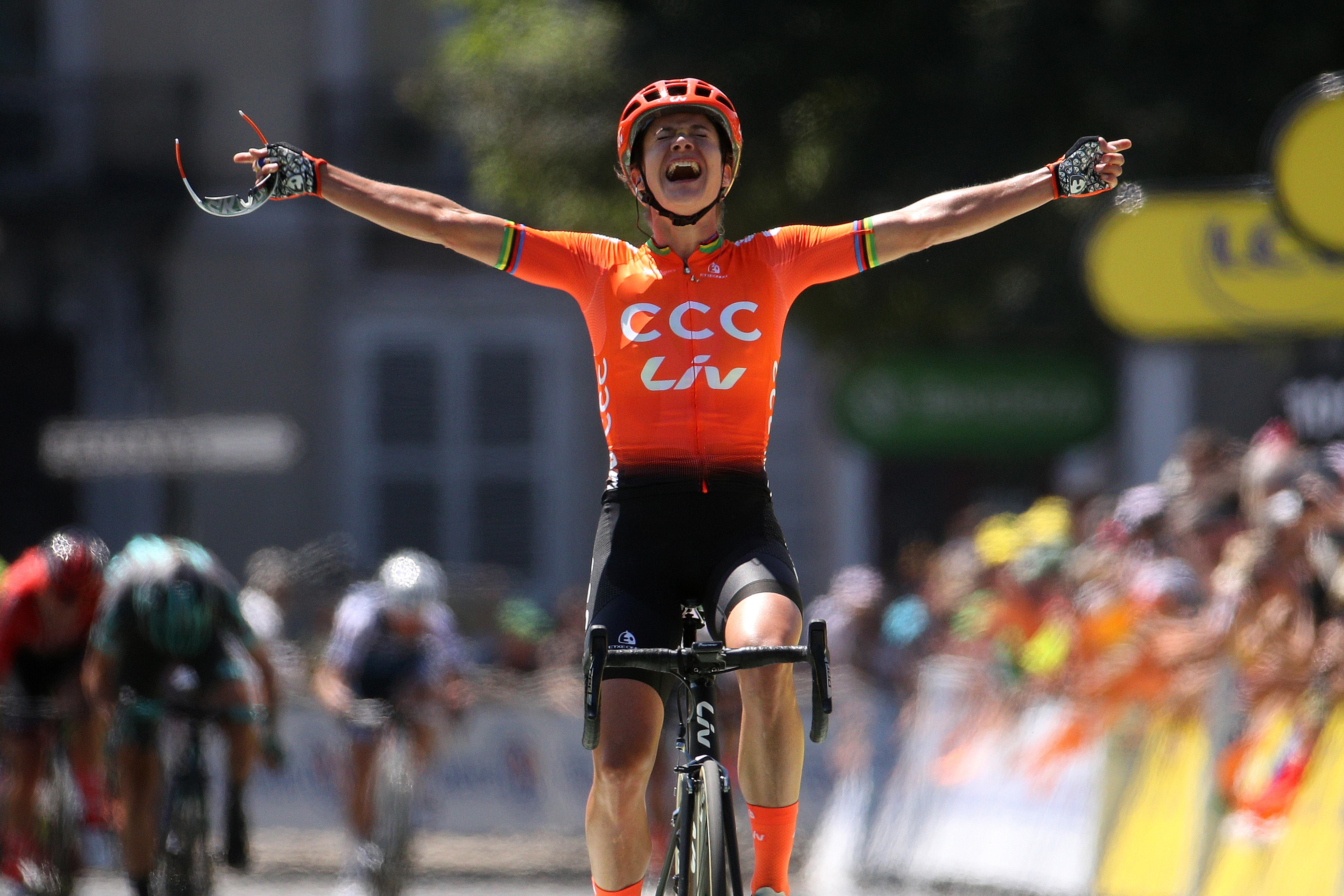 Marianne Vos wins La Course in Pau.