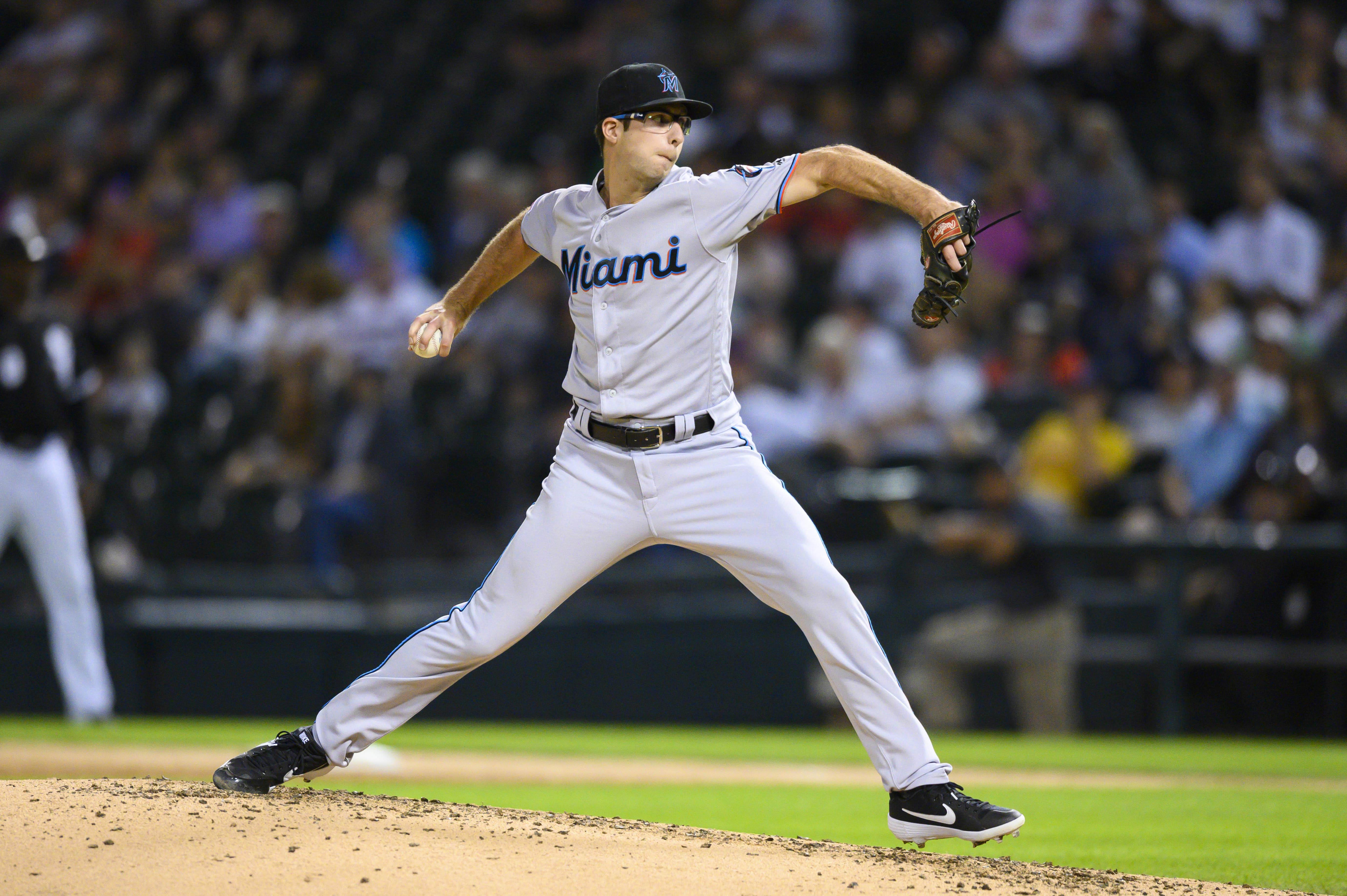 MLB:迈阿密马林鱼队在芝加哥白袜队