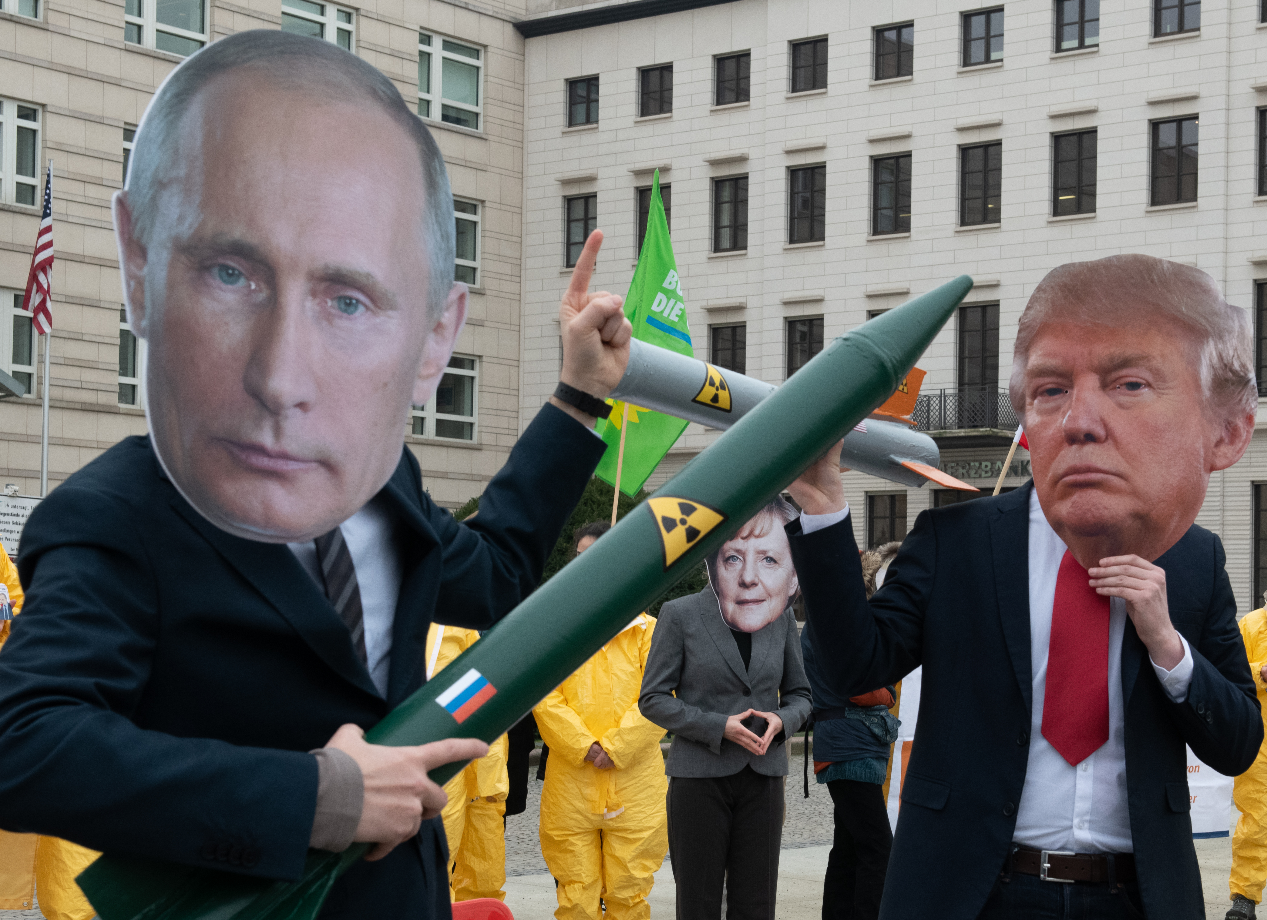 Protest against the dissolution of the INF Treaty