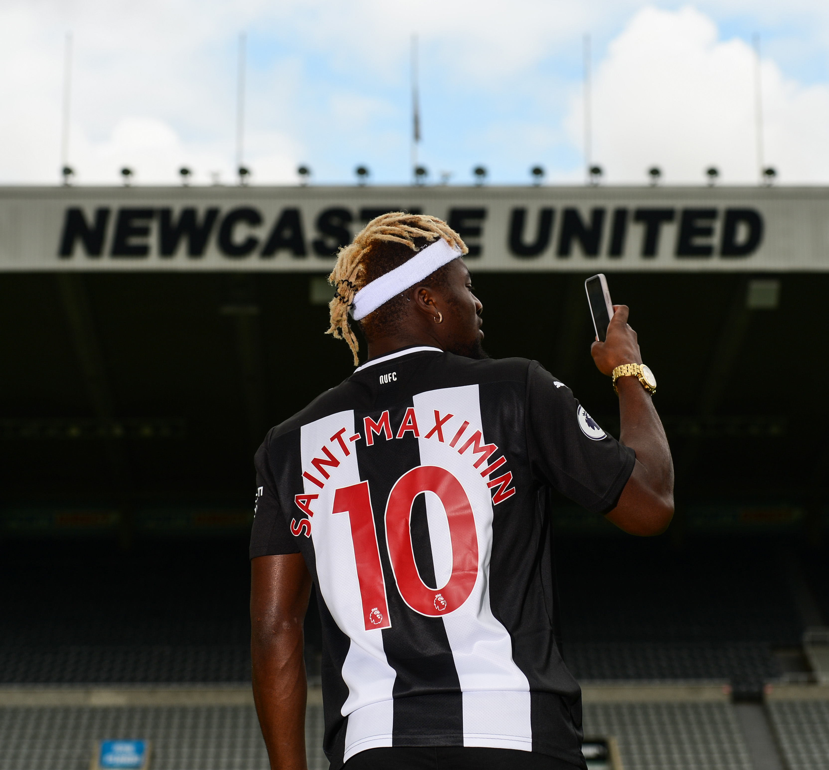 Newcastle United Unveil New Signing Allan Saint-Maximin