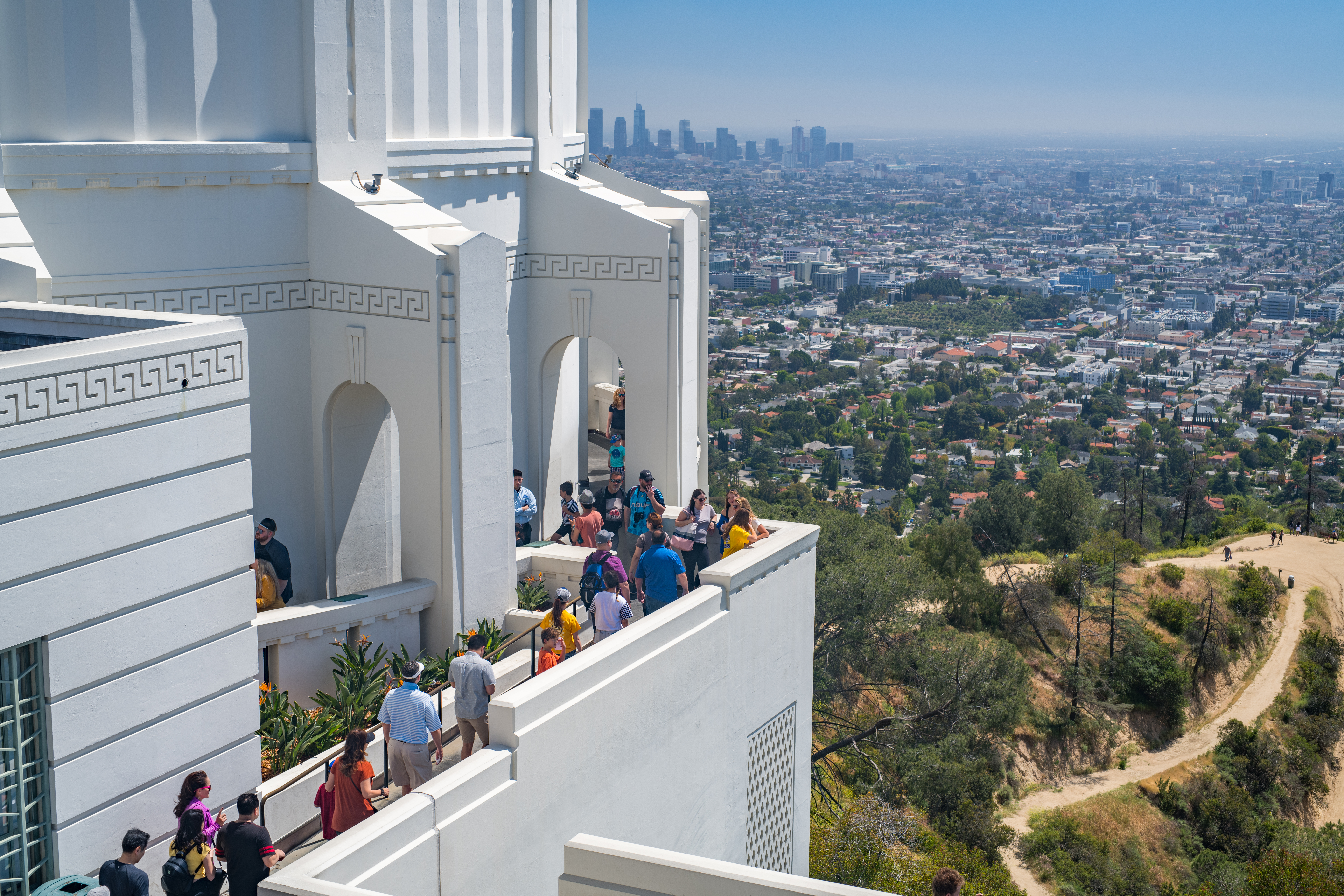 LA now offering more frequent bus service to Griffith Observatory