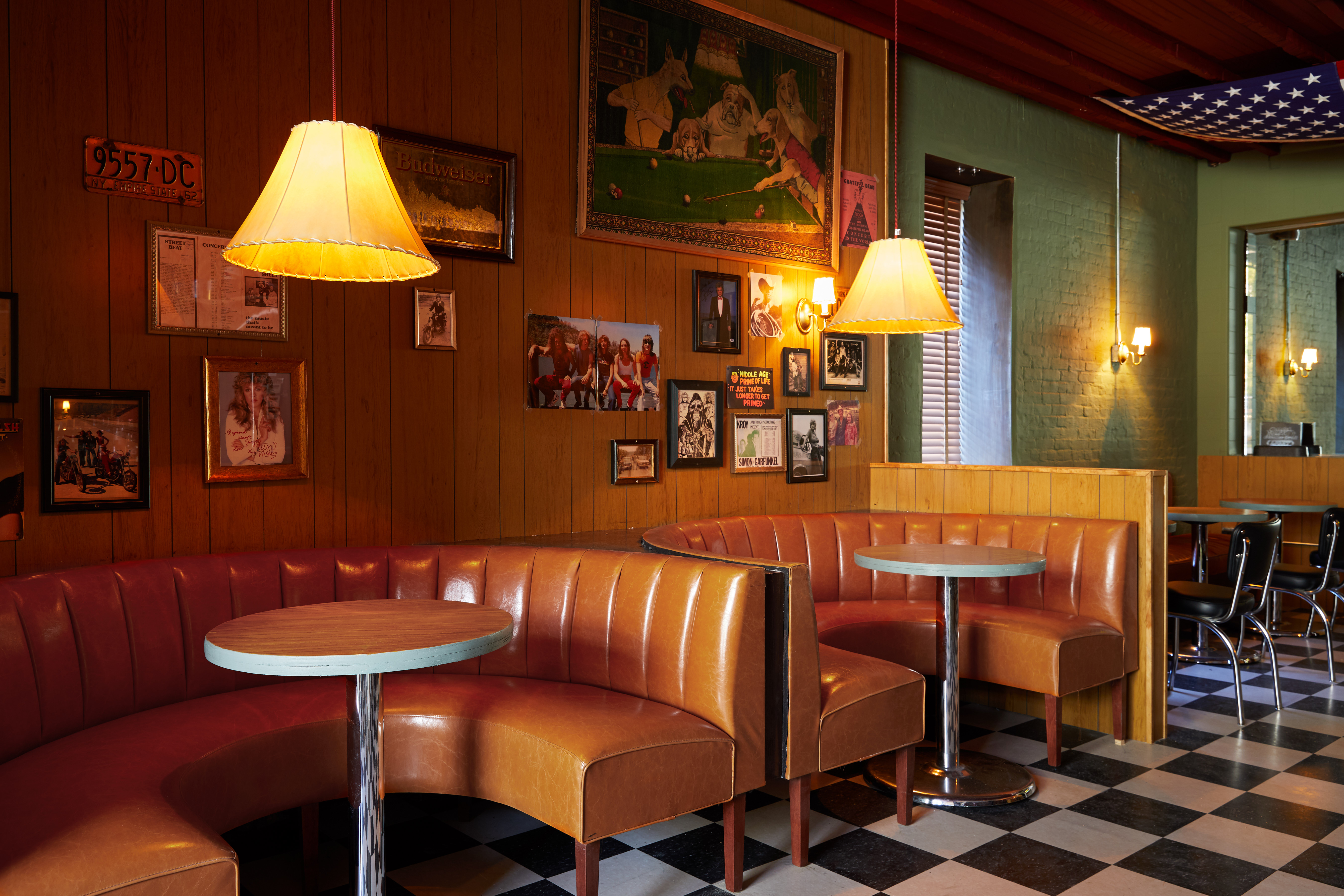 The divey interior at Ray's