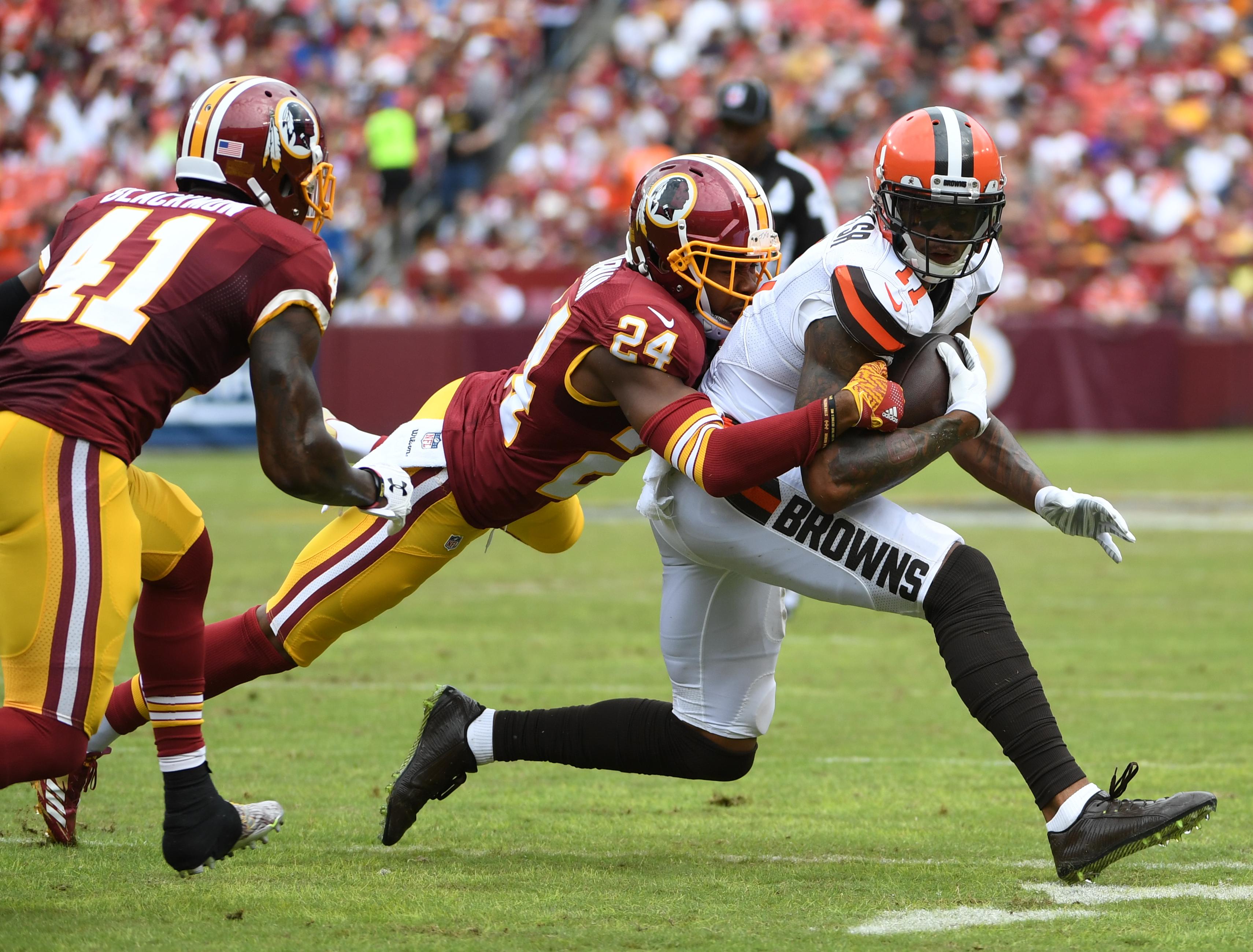 NFL- Cleveland Browns at Washington Redskins