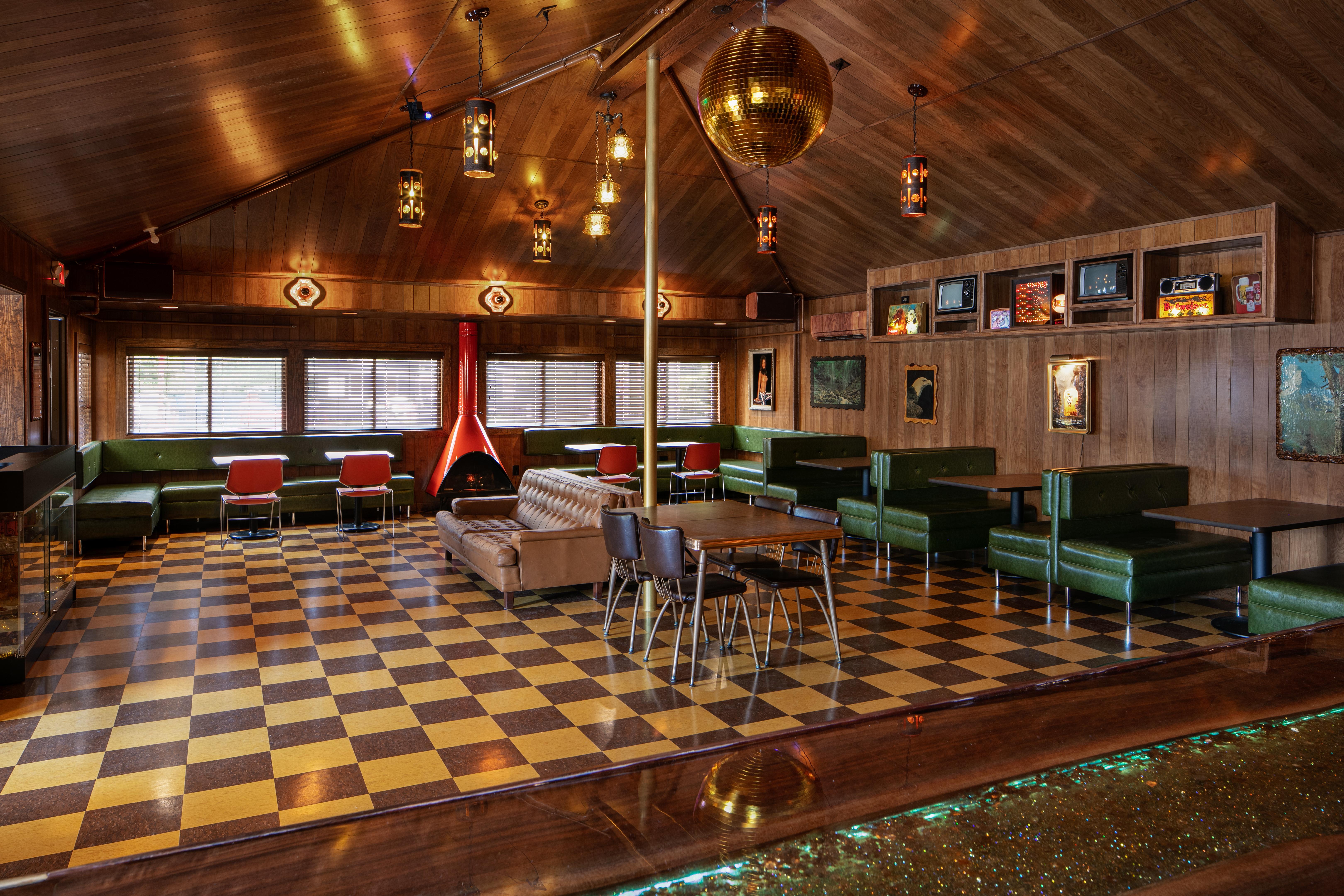 Dive Bar at Dive Motel & Swim Club