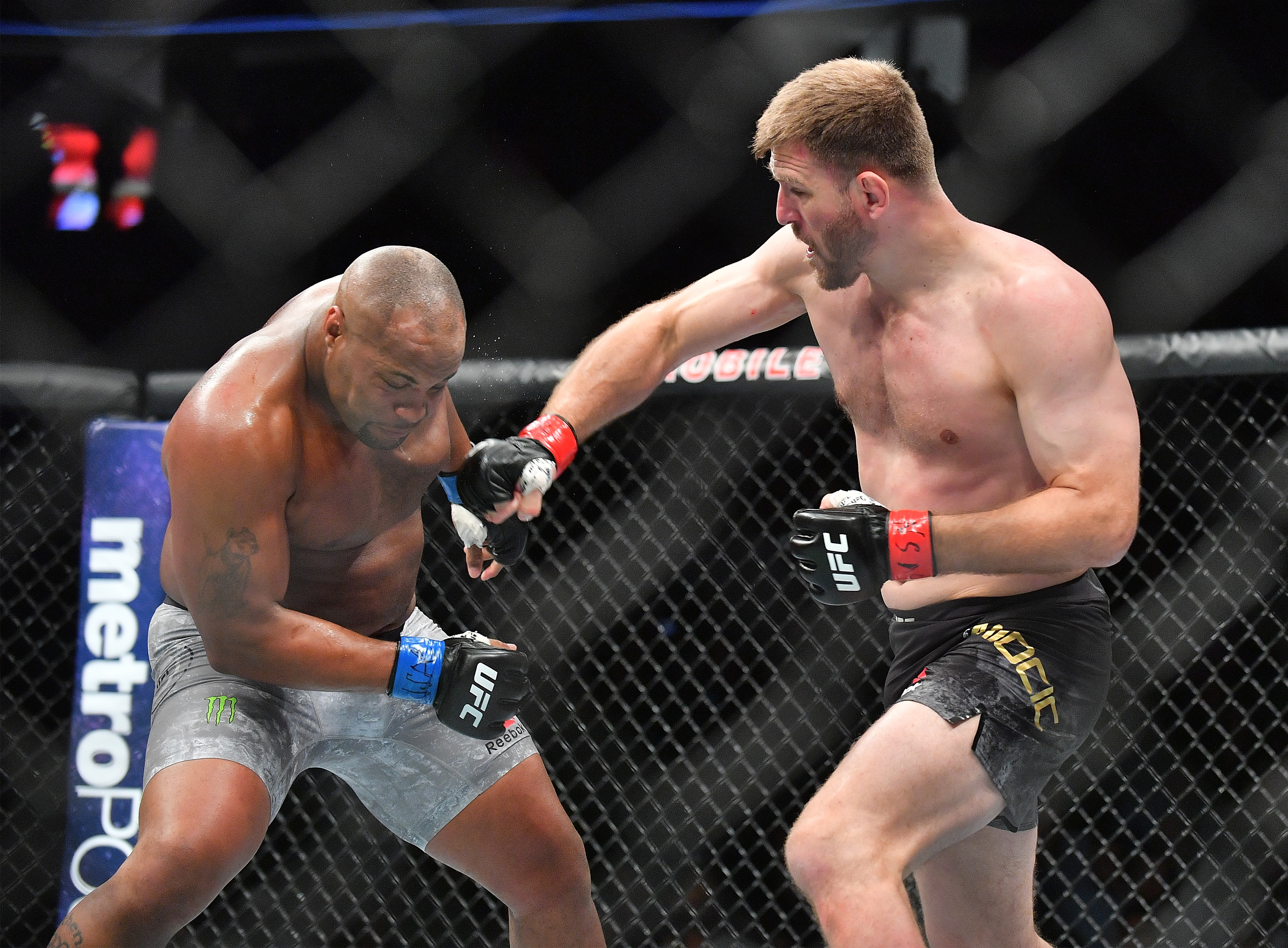 UFC 241 results: Live stream 'Cormier vs Miocic 2' play-by