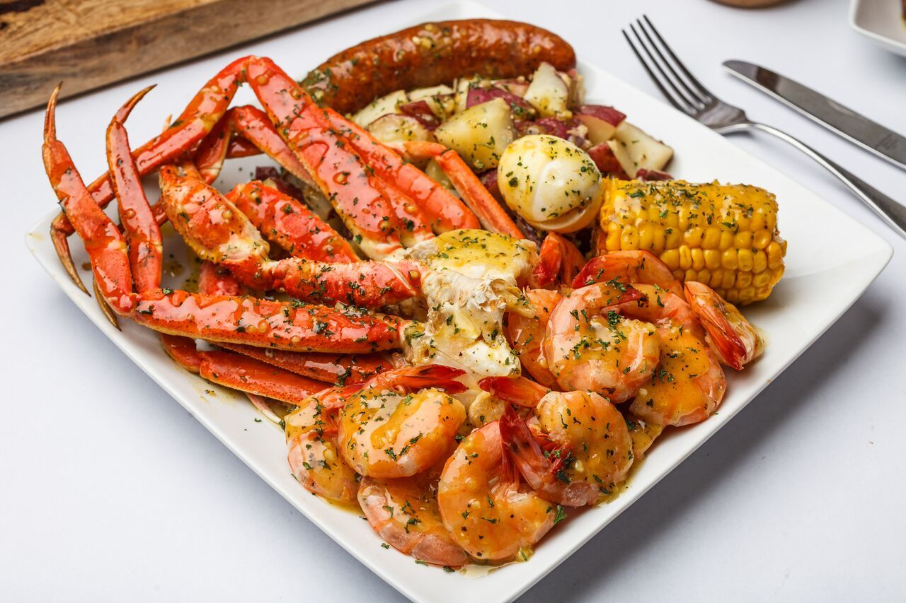 Downtown Seafood Restaurant Krab Queenz Debuts Saturday With a Parade and Celebrities