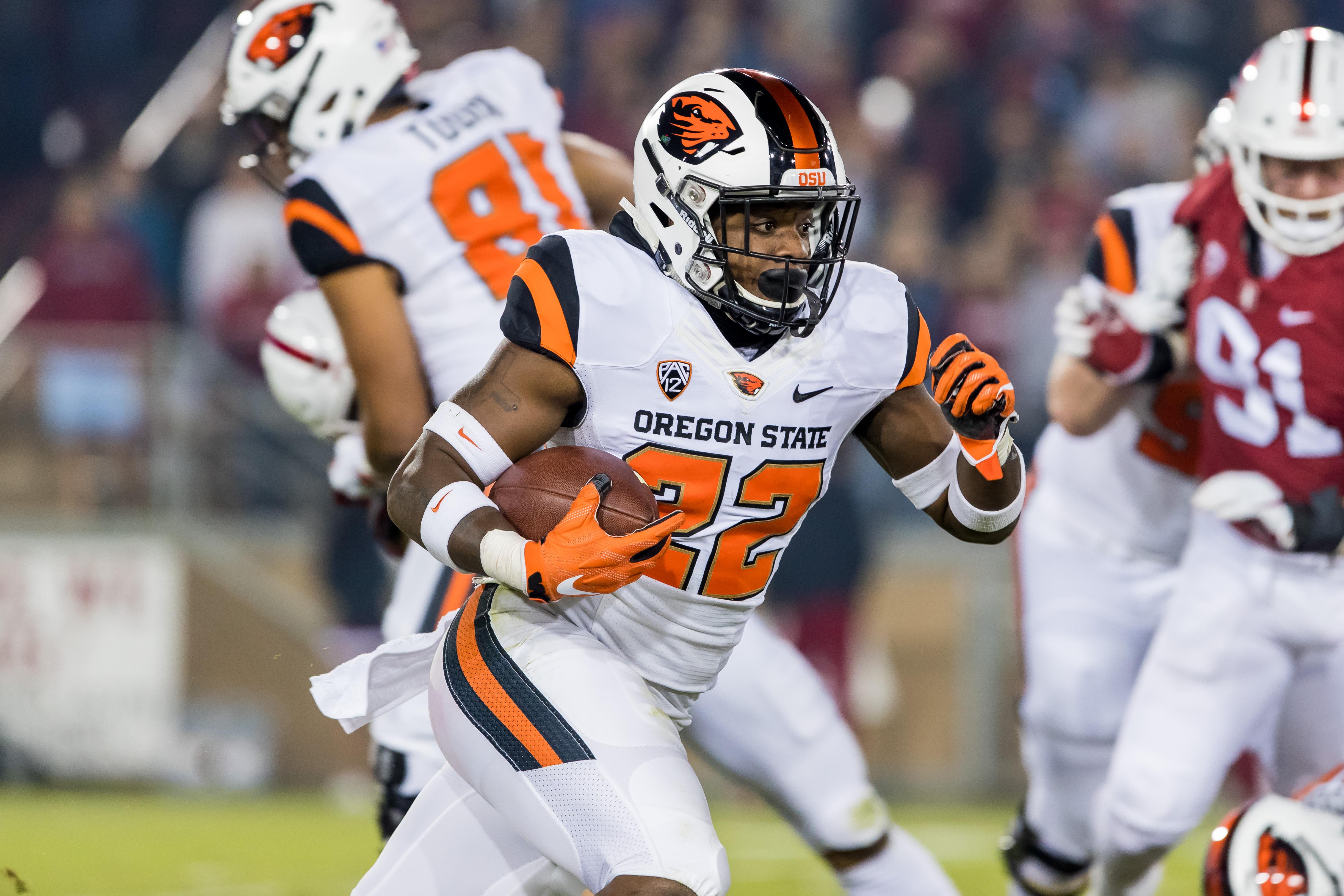 COLLEGE FOOTBALL: NOV 10 Oregon State at Stanford