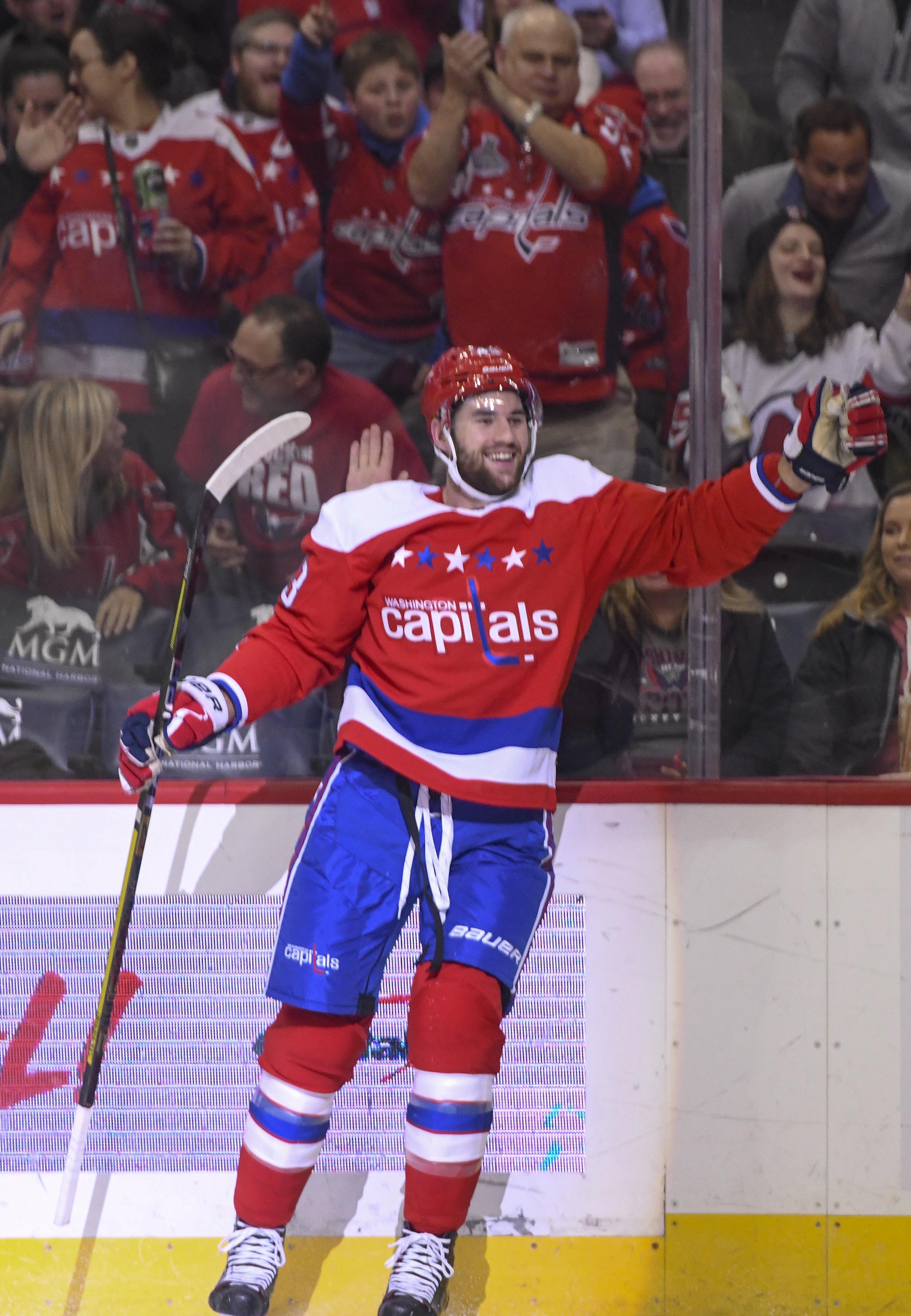 NHL: NOV 30 Devils at Capitals