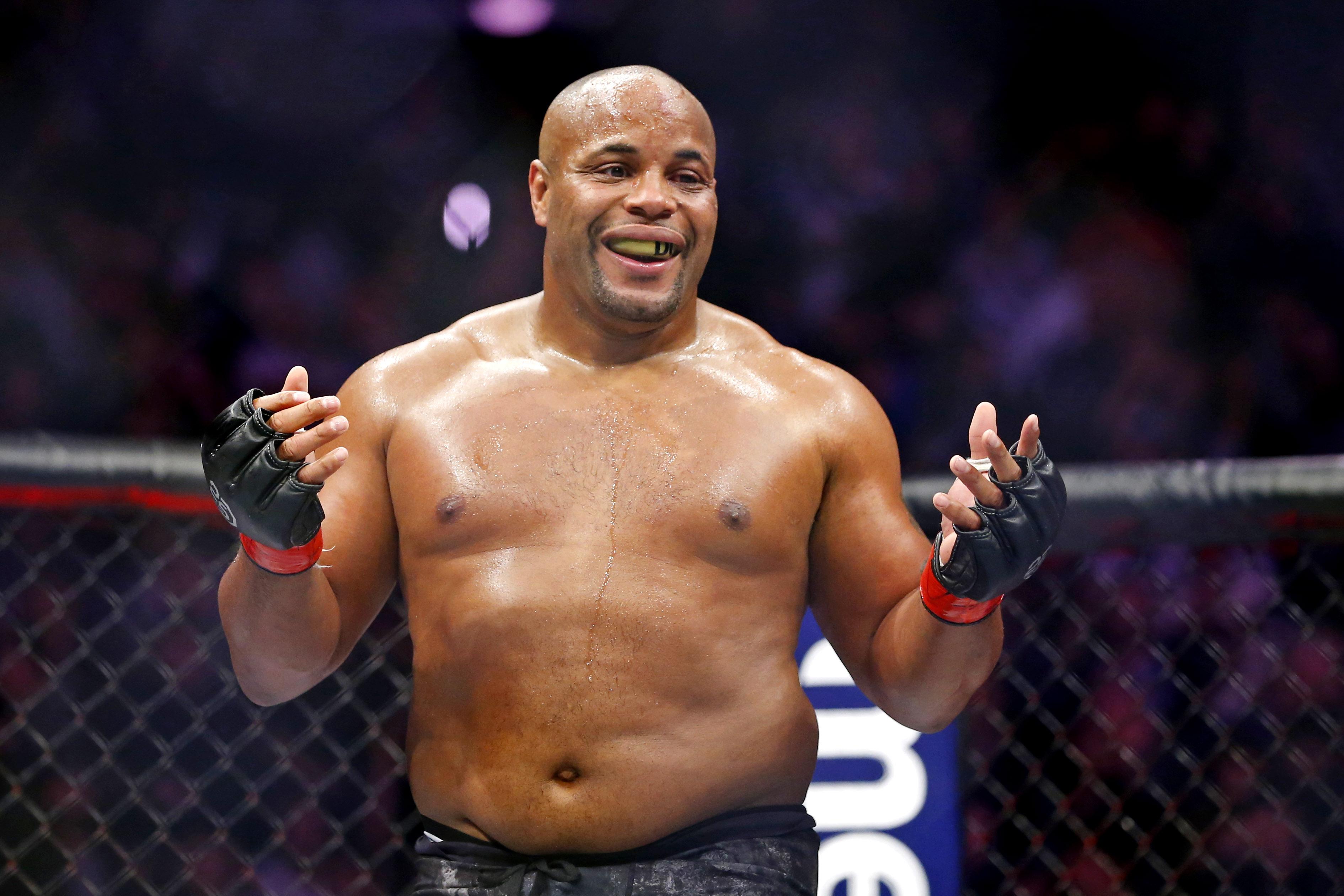 MMA: UFC 230 - Cormier vs Lewis