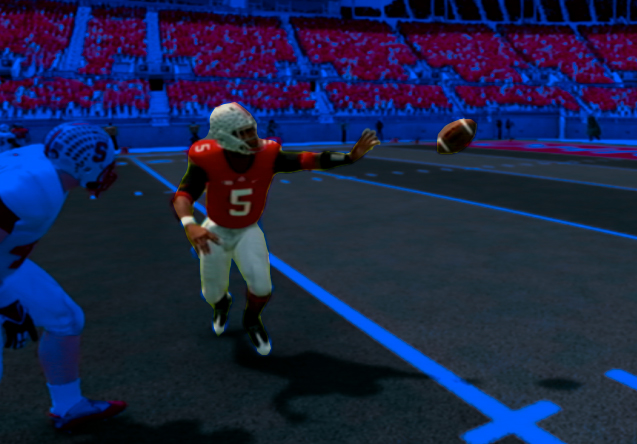 In the NCAA Football video game, Braxton Miller pitches the ball.