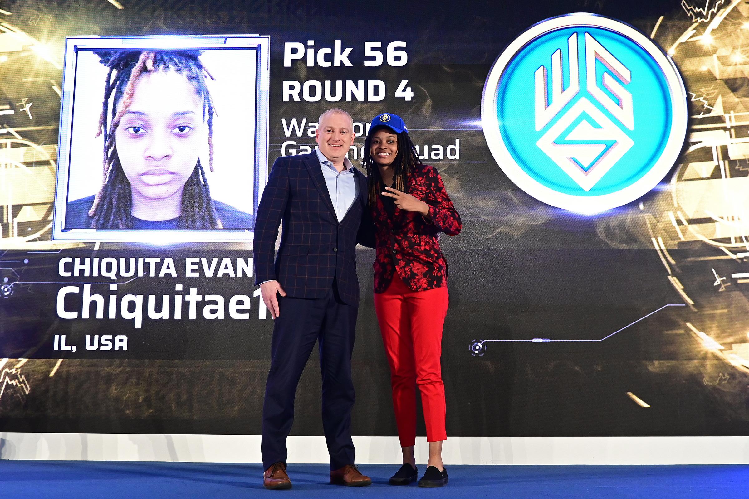 NBA 2K League managing director Brendan Donohue poses with Chiquita 'Chiquitae126' Evans at the 2019 draft