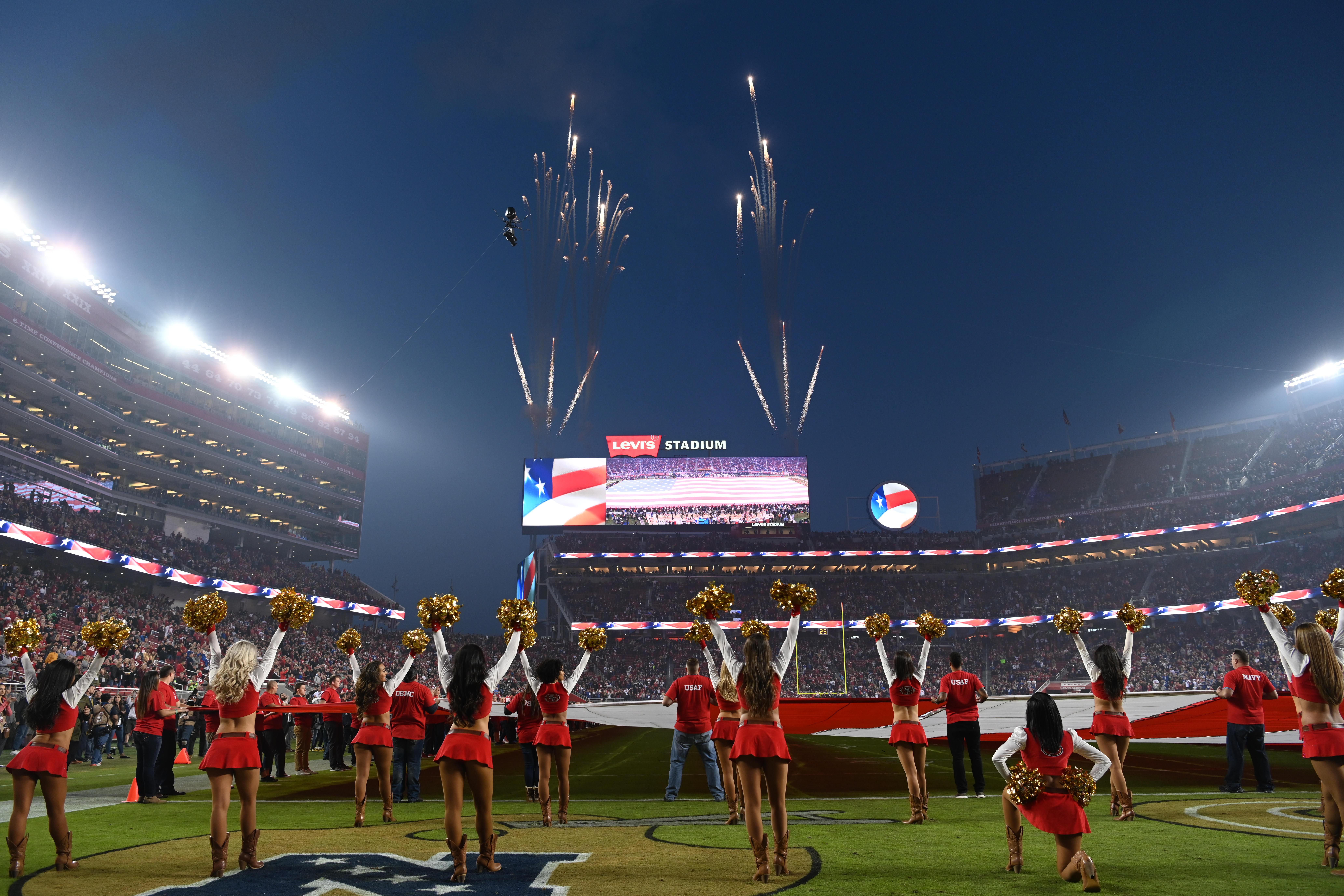 NFL: NOV 12 Giants at 49ers