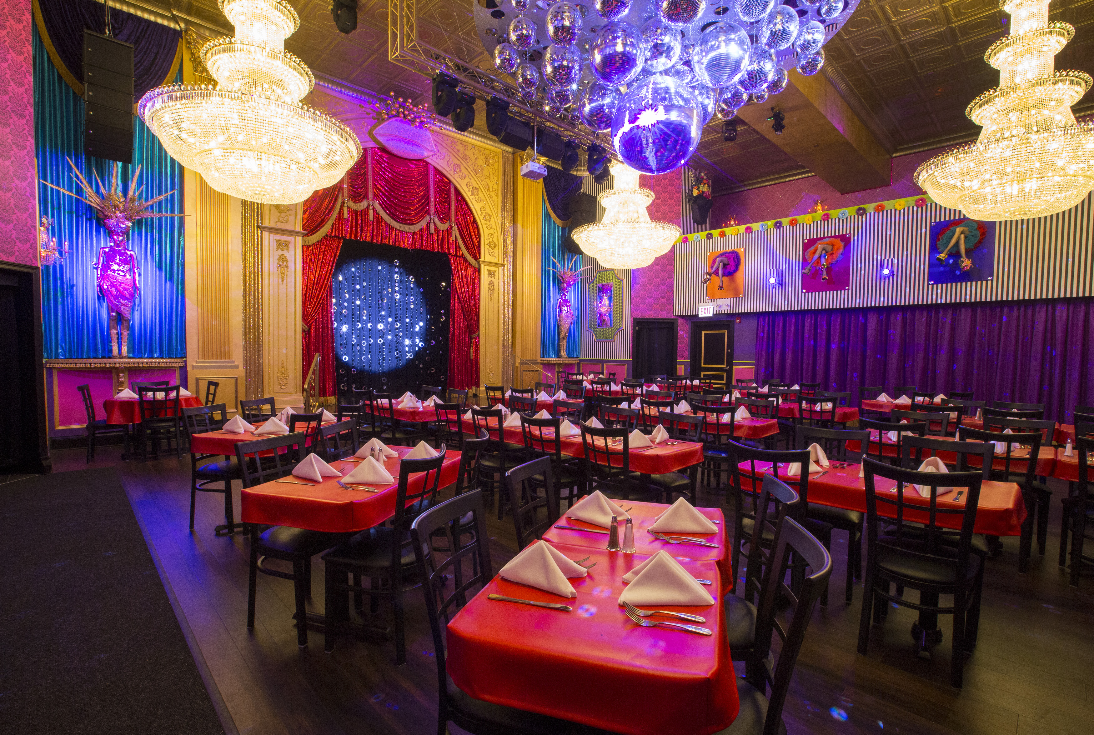 Inside Chicago's Colorful New Drag Restaurant Wonderland, Opening this Week