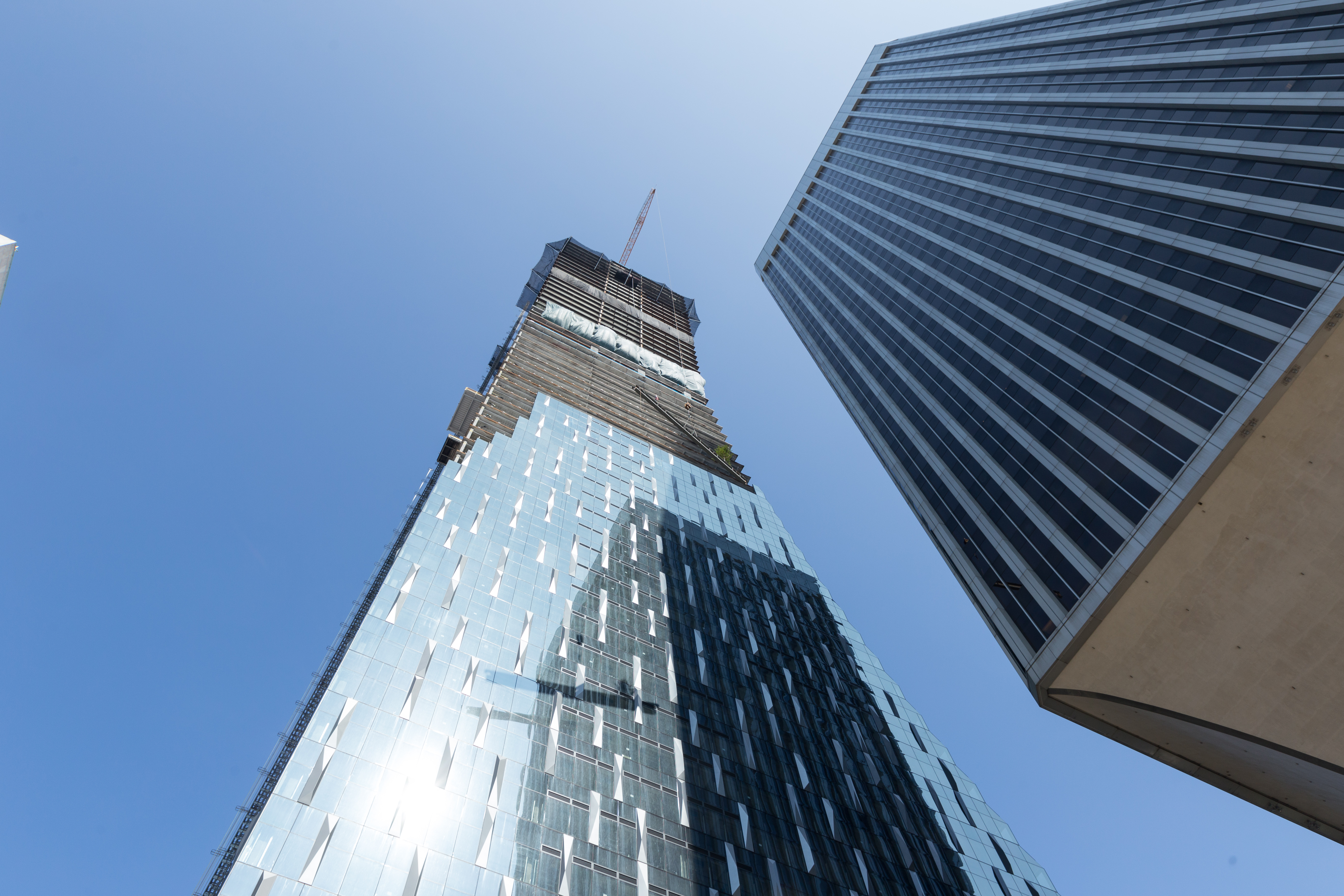 Rainier Square skyscraper, set to be second-tallest in Seattle, reaches its full height