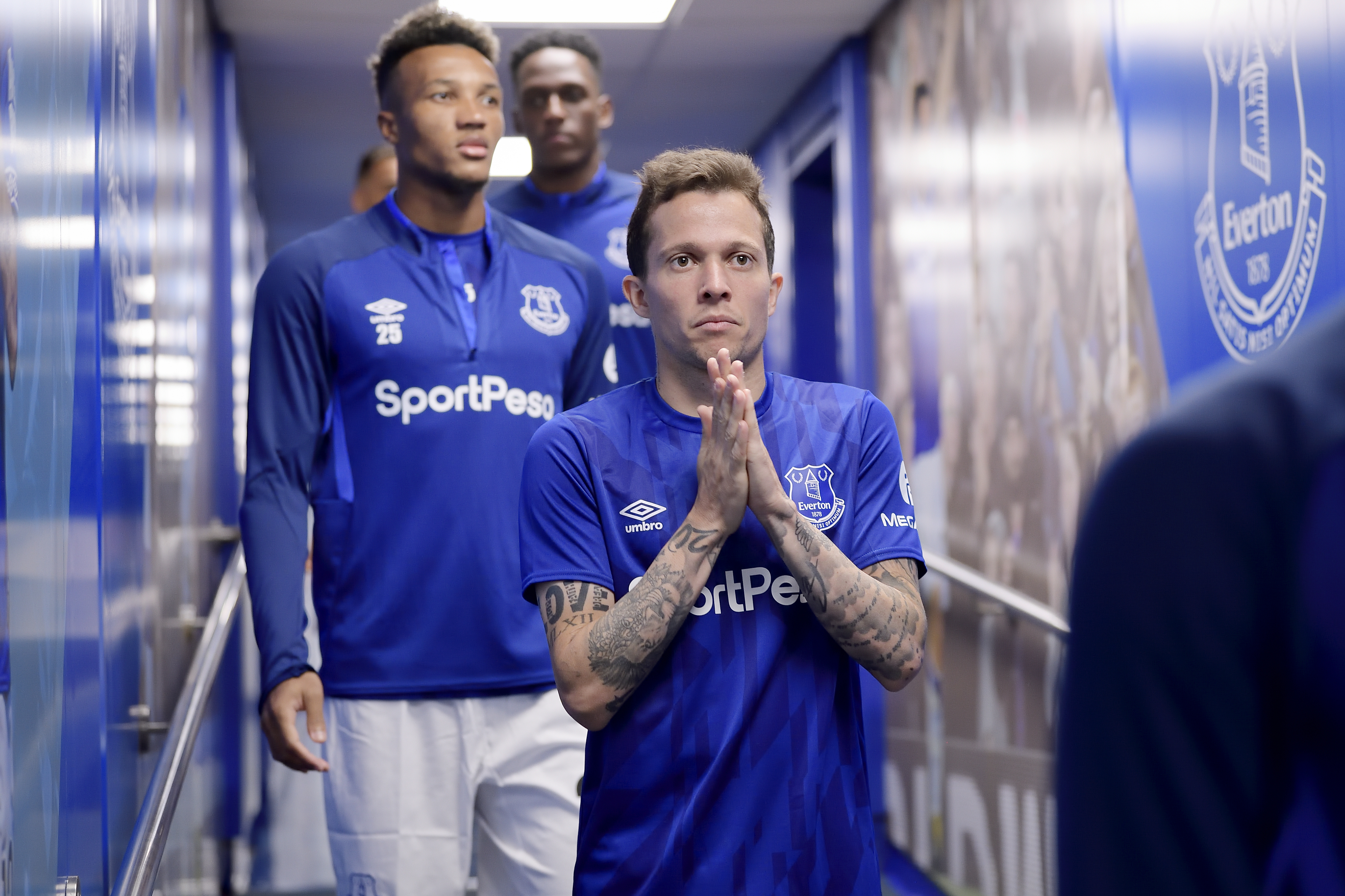 Wednesday's Toffee Bites: Niasse and Tosun latest, Silva plans behind-closed-doors friendly, and more