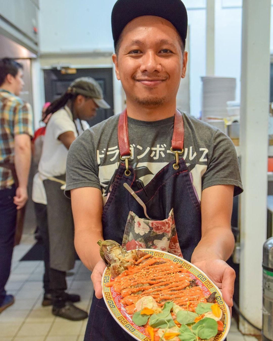 No Forks Needed at Mansueta's Filipino Feast