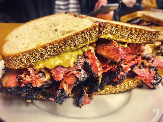 NY's Famous Katz's Deli Popping Up in Chicago This Month