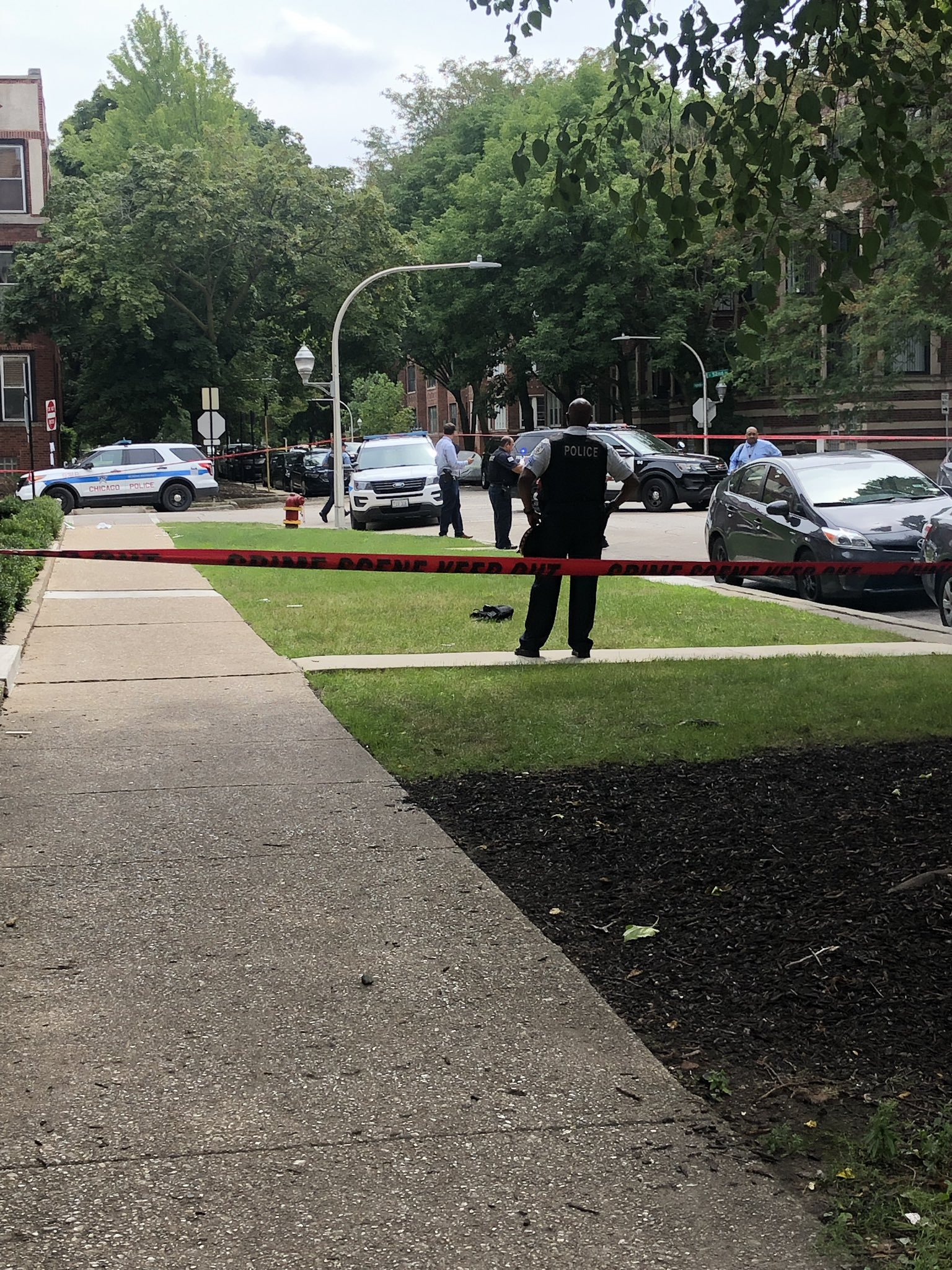Authorities are investigating after a Chicago police officer shot a suspected burglar at a neighbor's home Aug. 21, 2019, in the 5100 block of South Ingleside Avenue.