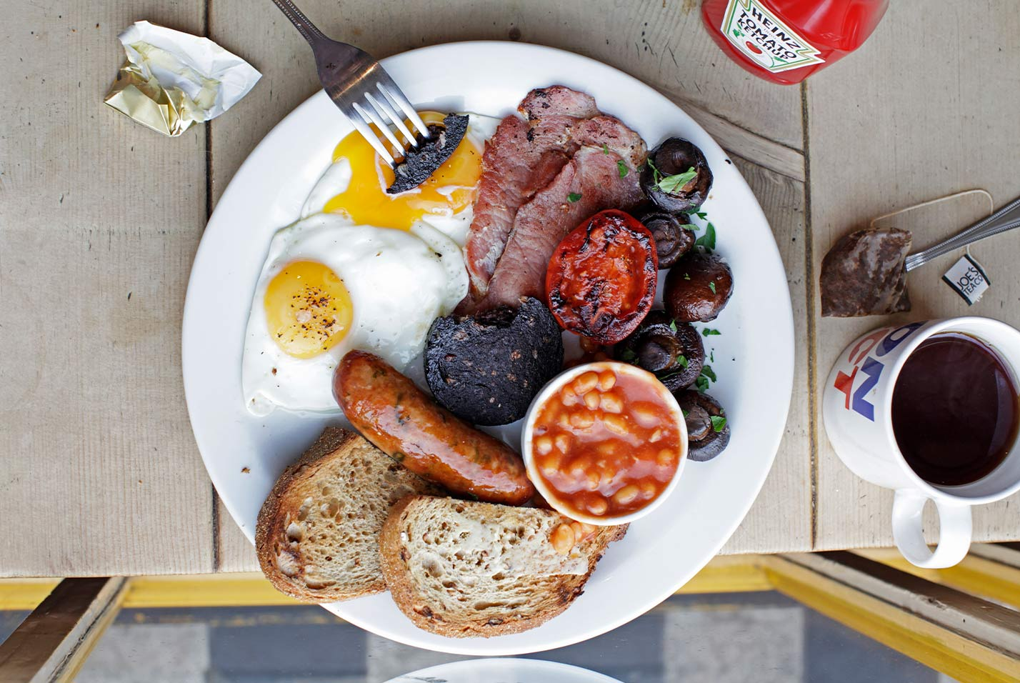 All-Day Breakfast Restaurant With 14-Year-Old Queue Doubles Up in Soho
