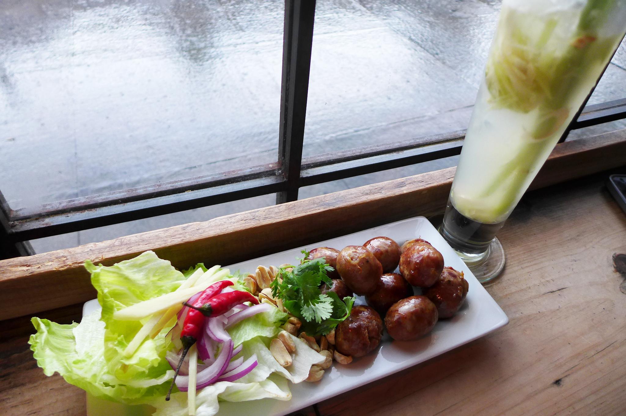 Elmhurst's Woodside Avenue Has Become Thai Food Nirvana