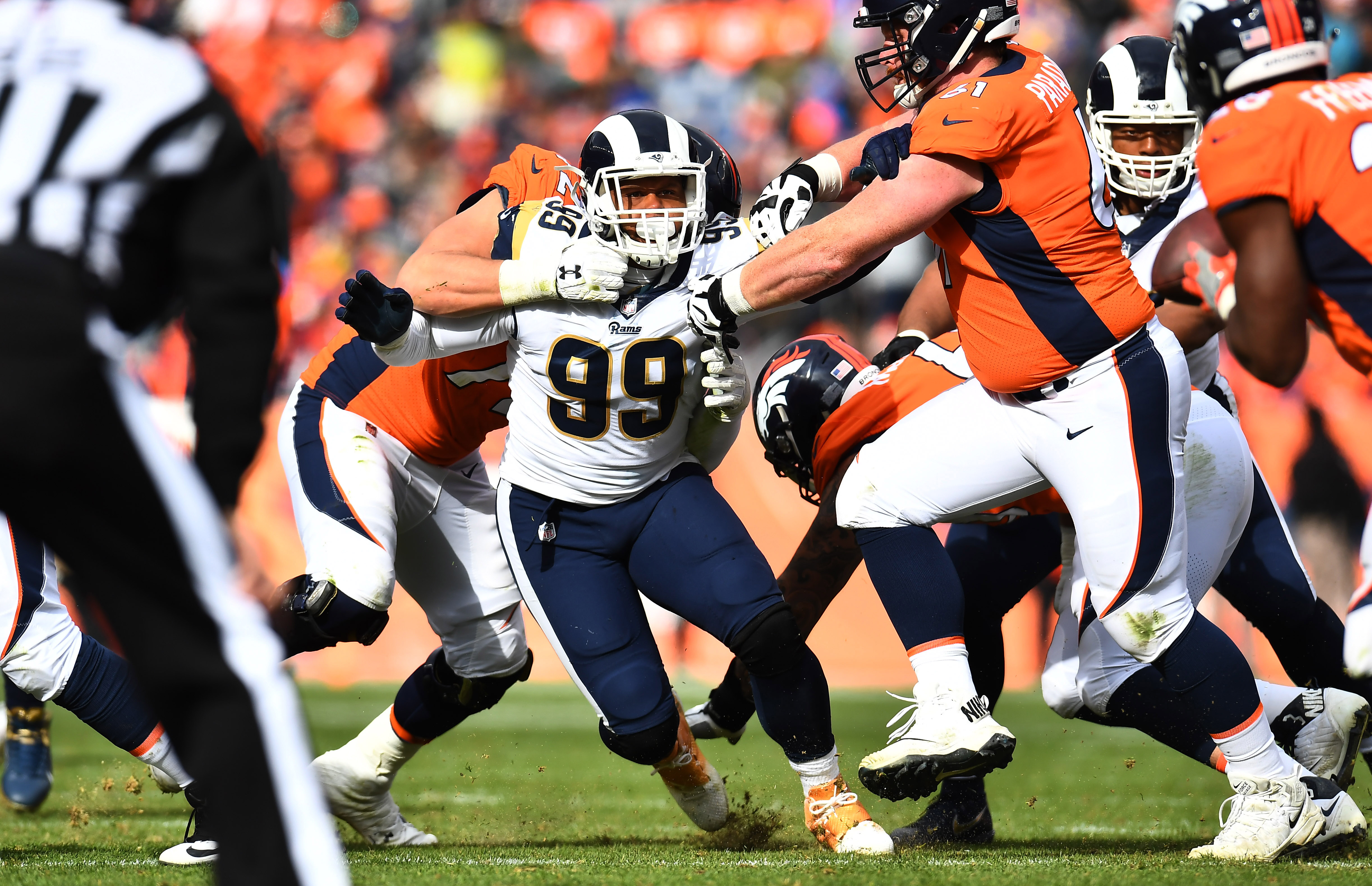 Los Angeles Rams DL Aaron Donald gets past C Matt Paradis in the second quarter of their Week 6 game, Oct. 14, 2018.