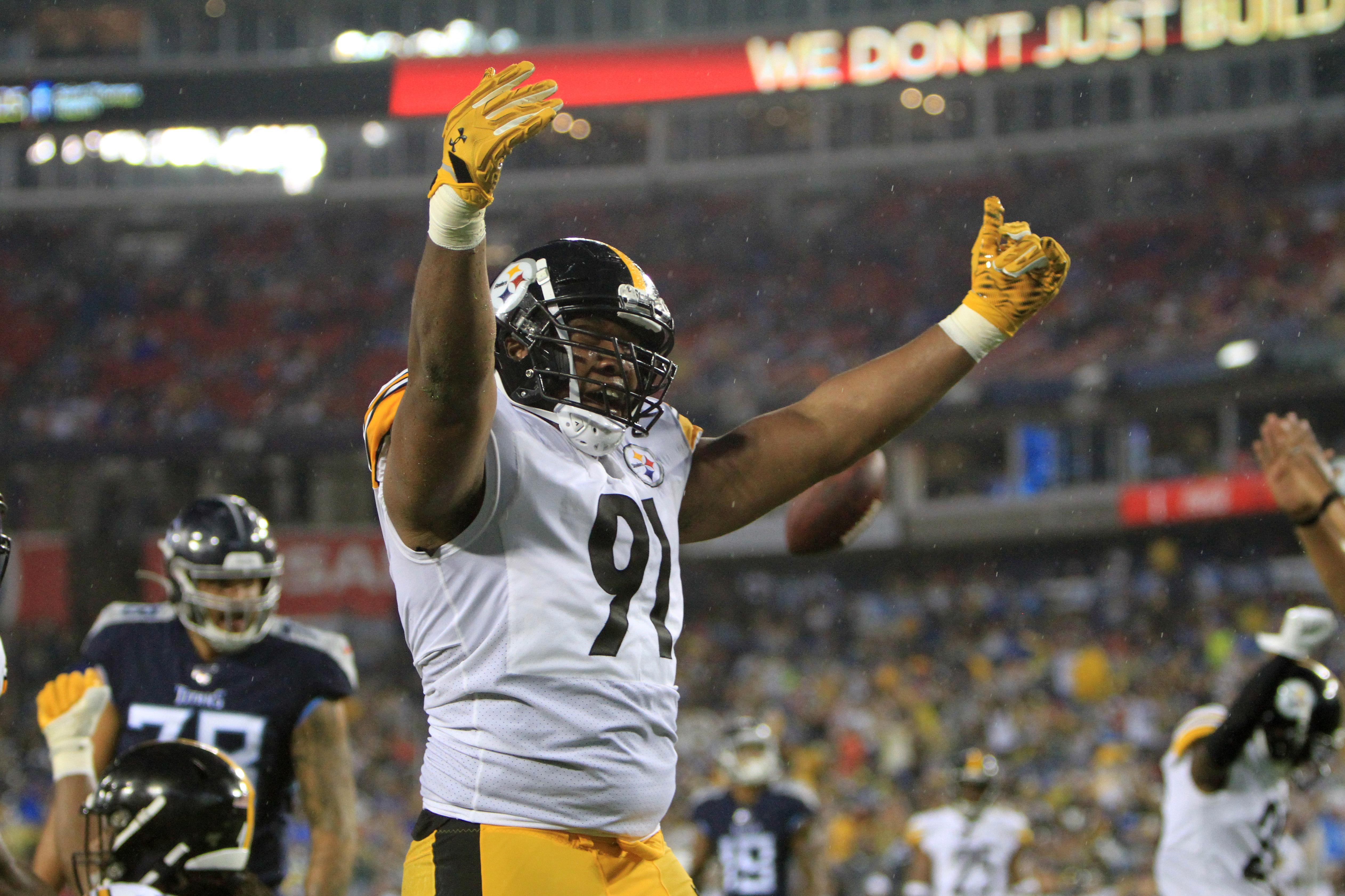 NFL: AUG 25 Preseason - Steelers at Titans