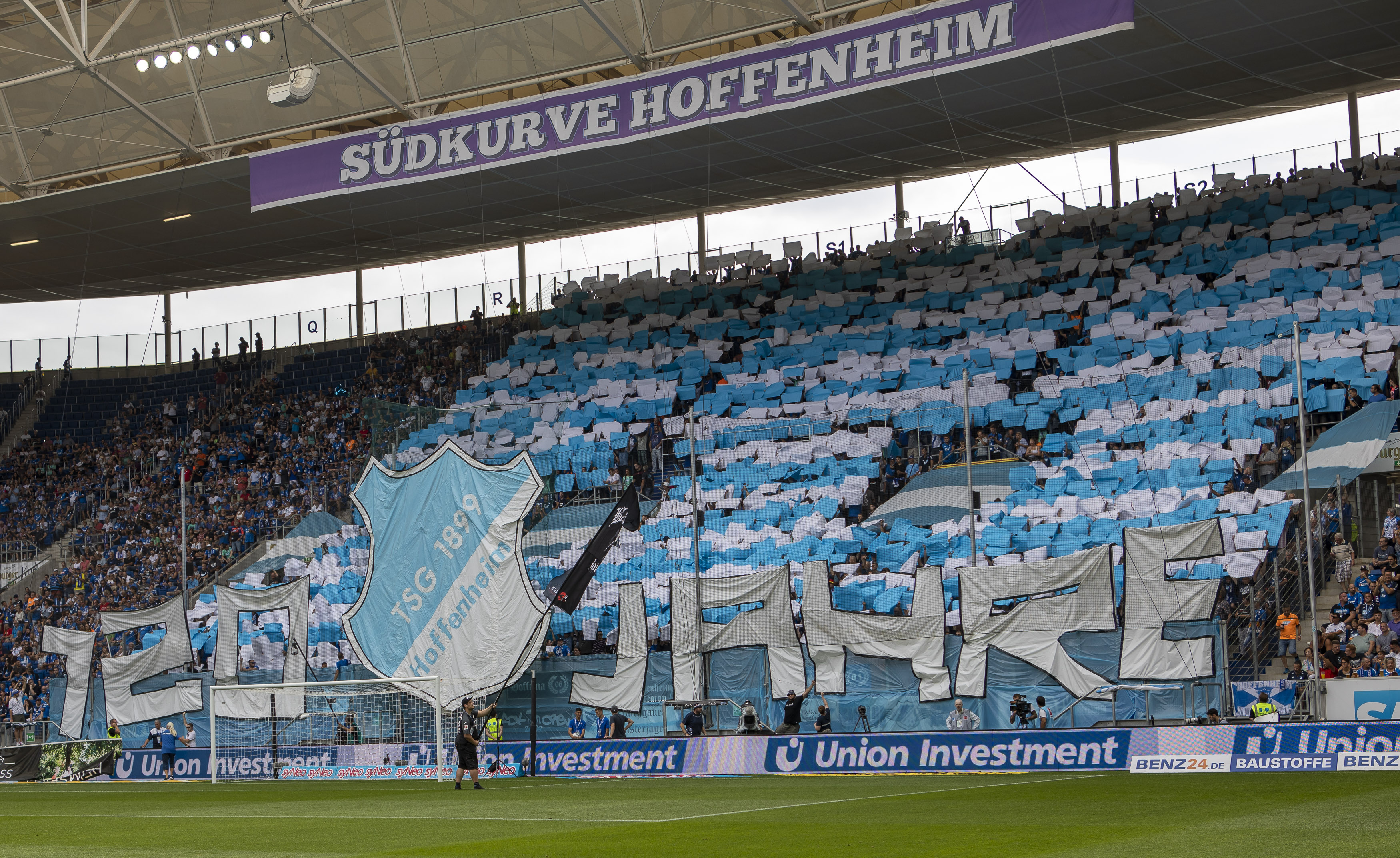 TSG 1899 Hoffenheim v SV Werder Bremen - Bundesliga