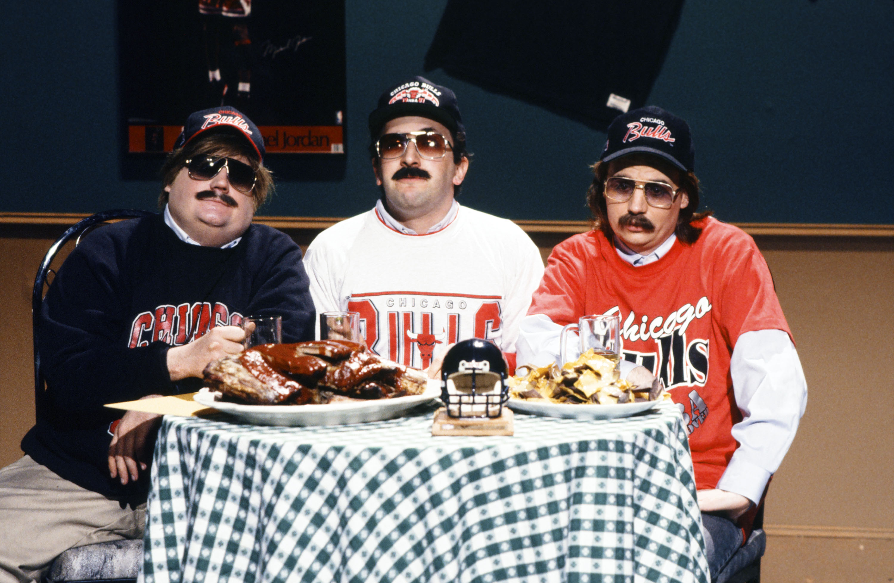 'SNL'-Inspired Chicago Bears Superfan Pop-Up Headed to Streeterville