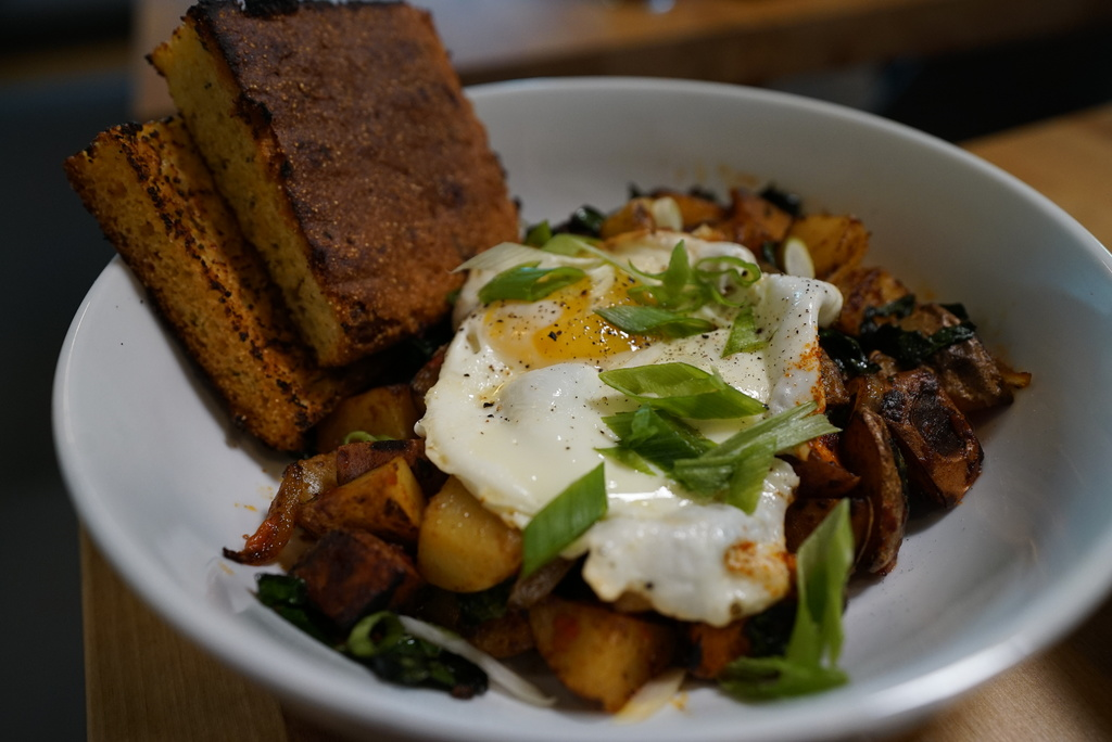 Breakfast hash bowl served at Smack Dab restaurant.