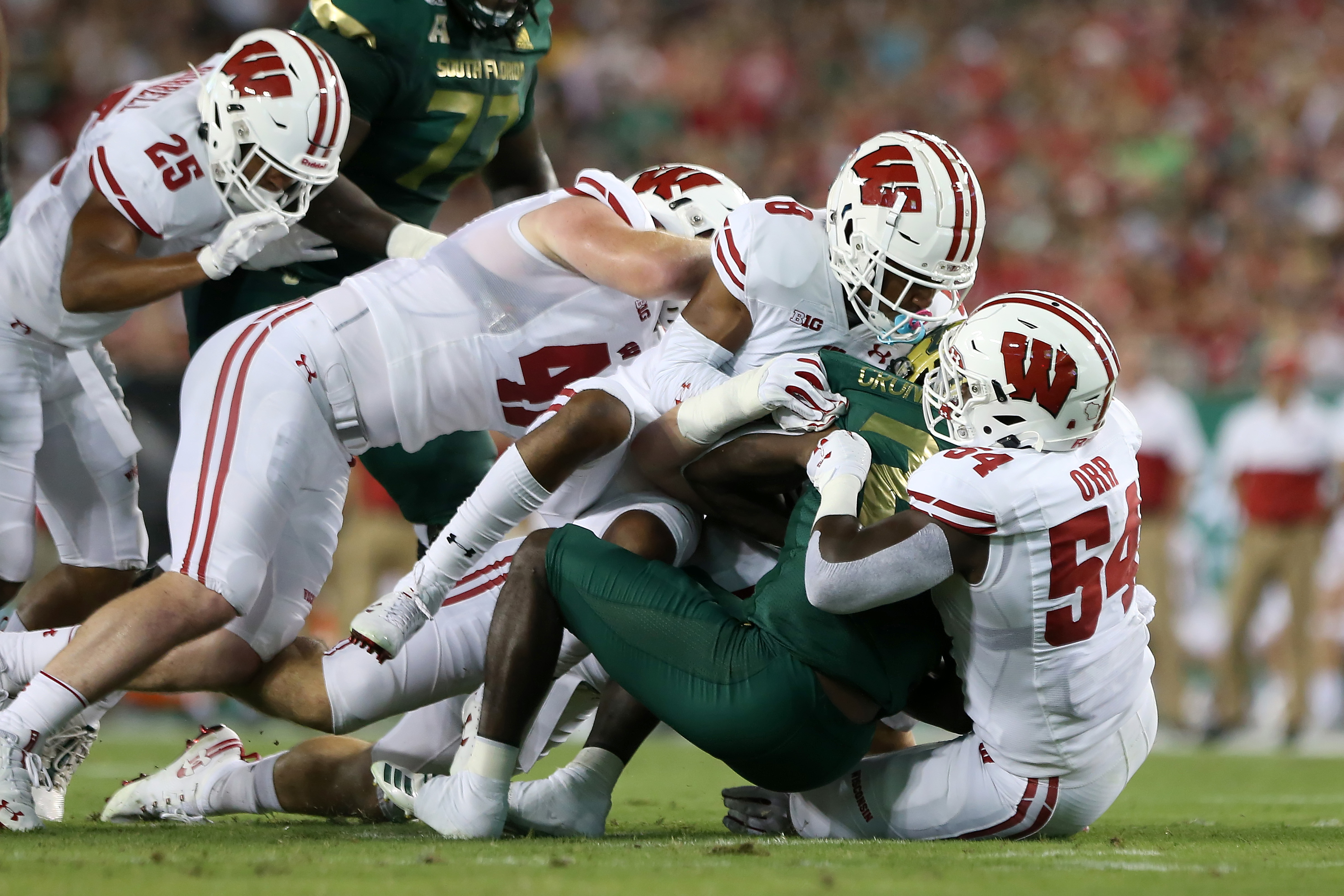 COLLEGE FOOTBALL: AUG 30 Wisconsin at USF