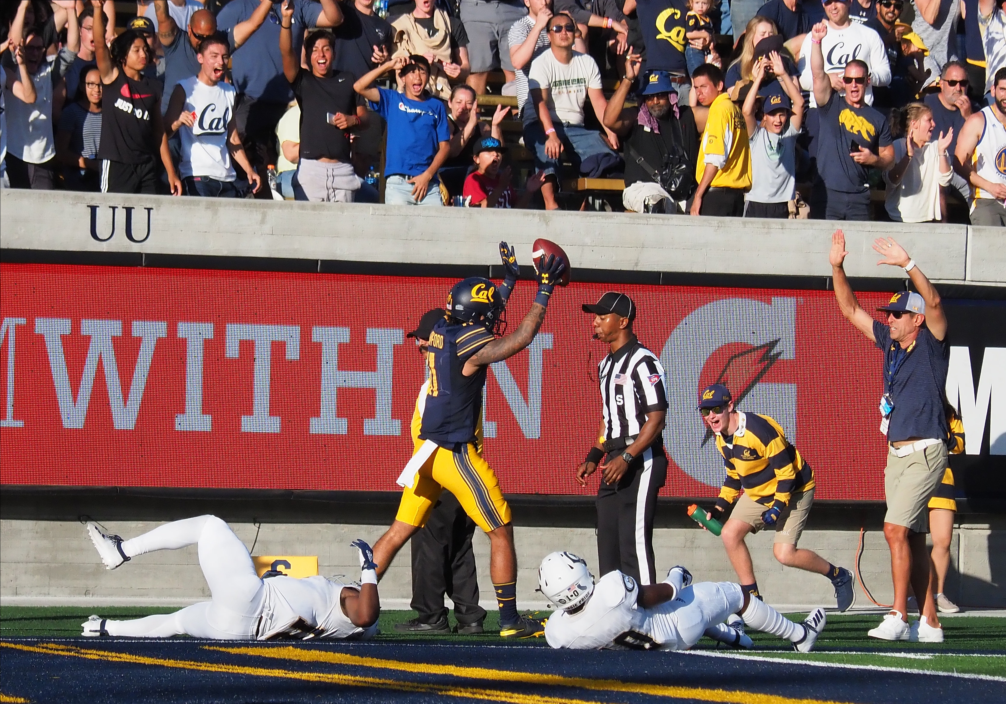 NCAA Football: UC - Davis at California