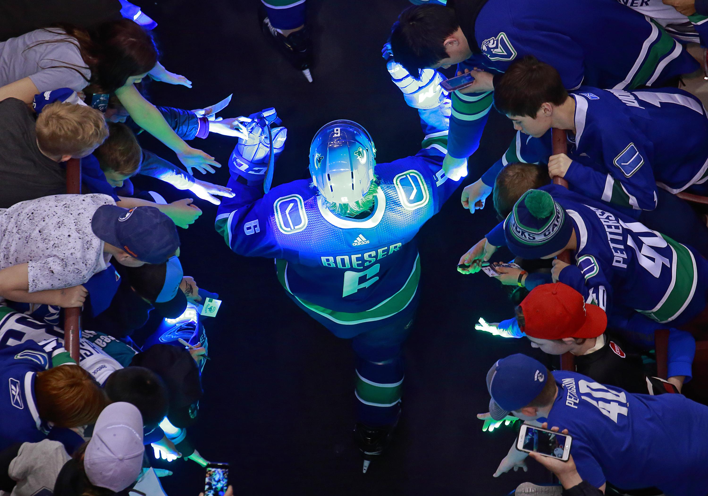 Dallas Stars v Vancouver Canucks